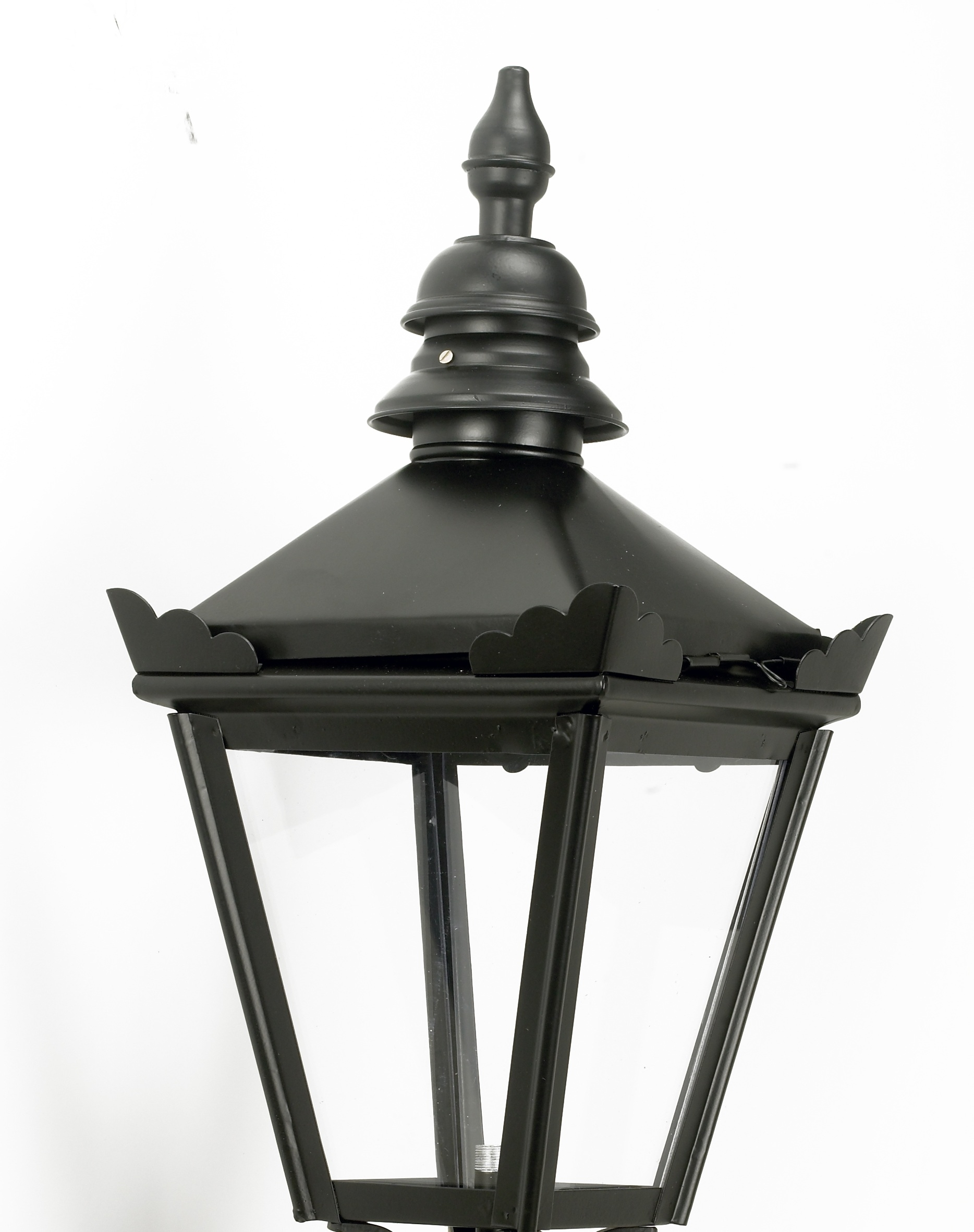 Medium Copper Victorian Wall Lantern With Ornate Bracket   The With Victorian Outdoor Lanterns (View 18 of 20)