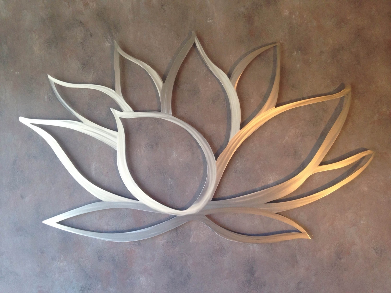 Metal Floral Wall Hangings (View 13 of 20)
