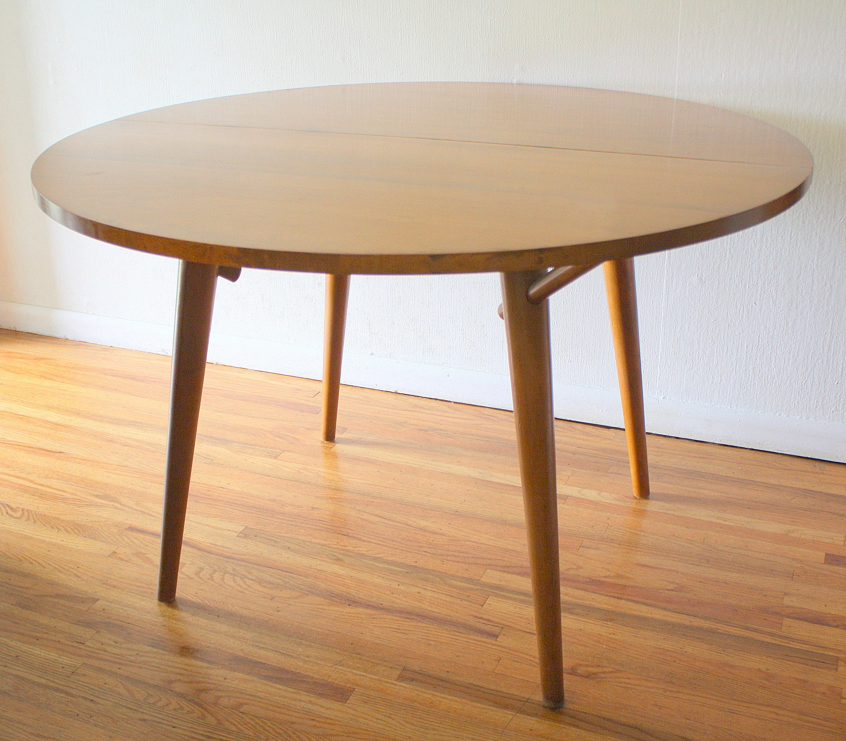 Mid Century Modern Dining Table And Chairsrussel Wright For Throughout Mid Century Modern Egg Tables (View 3 of 30)
