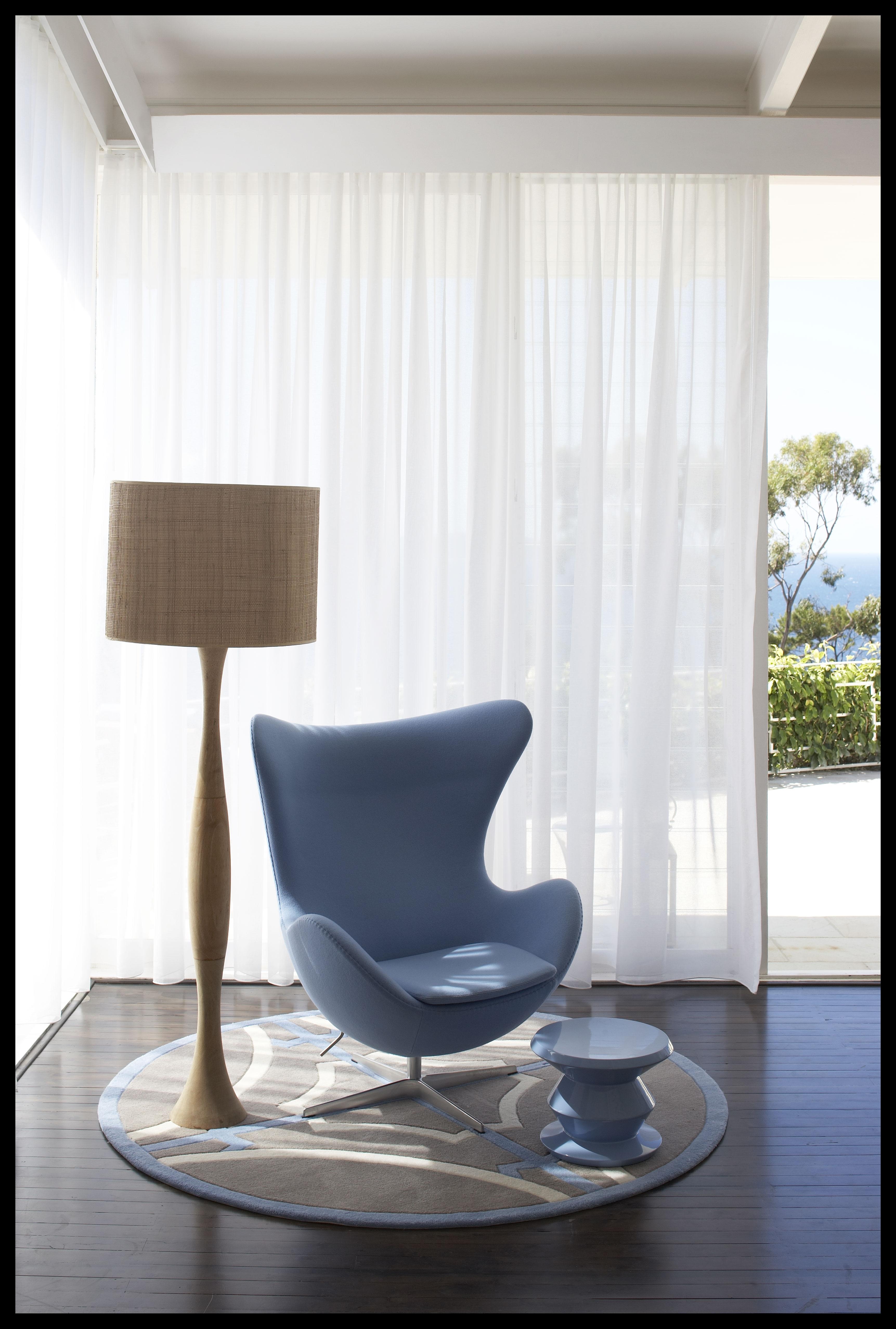 Mid-Century Modernist Interior Design Ideas for Mid-Century Modern Egg Tables (Image 16 of 30)