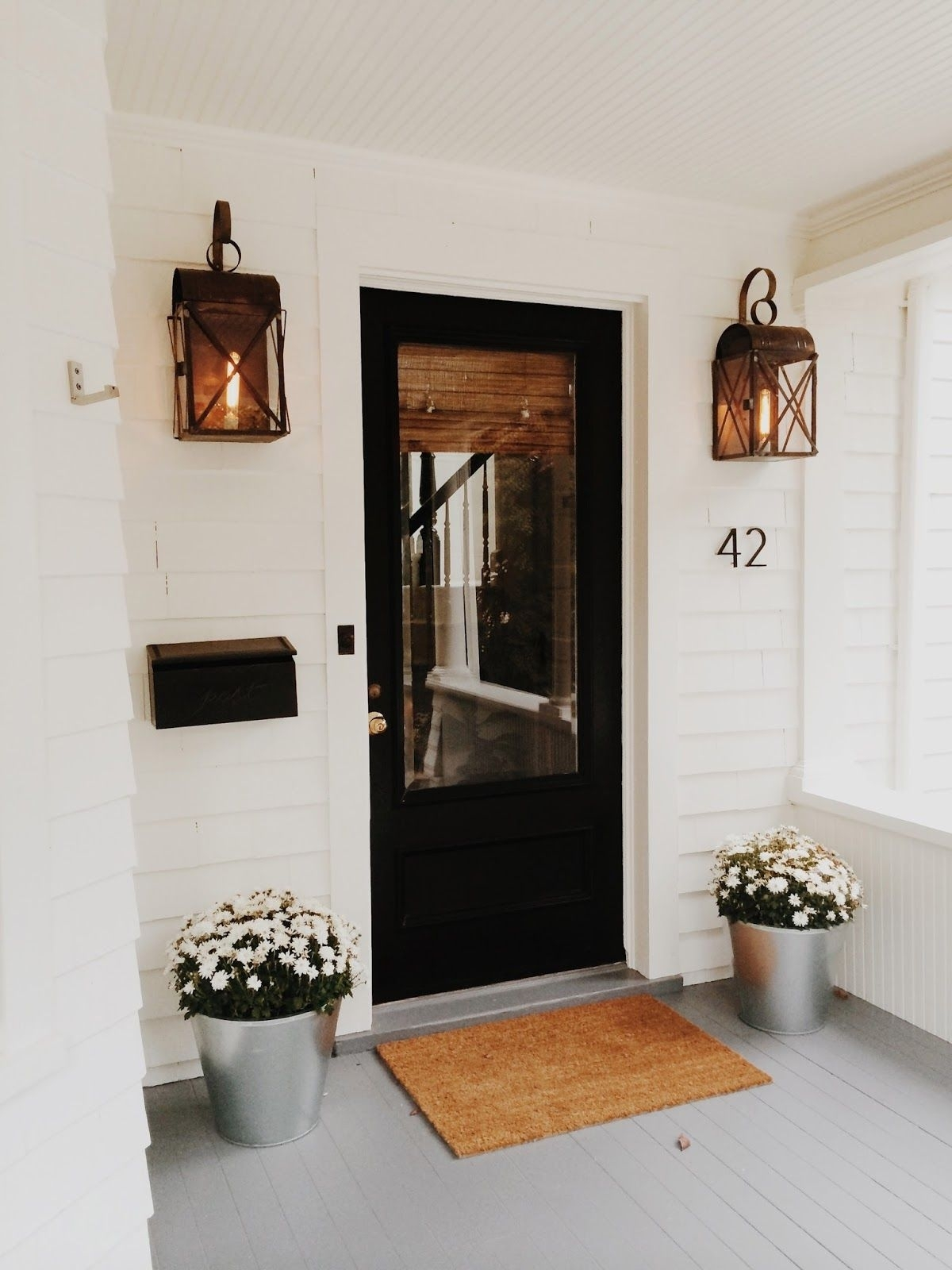 Modern Cottage Style In Connecticut | H O M E & G A R D E N pertaining to Outdoor Door Lanterns (Image 15 of 20)