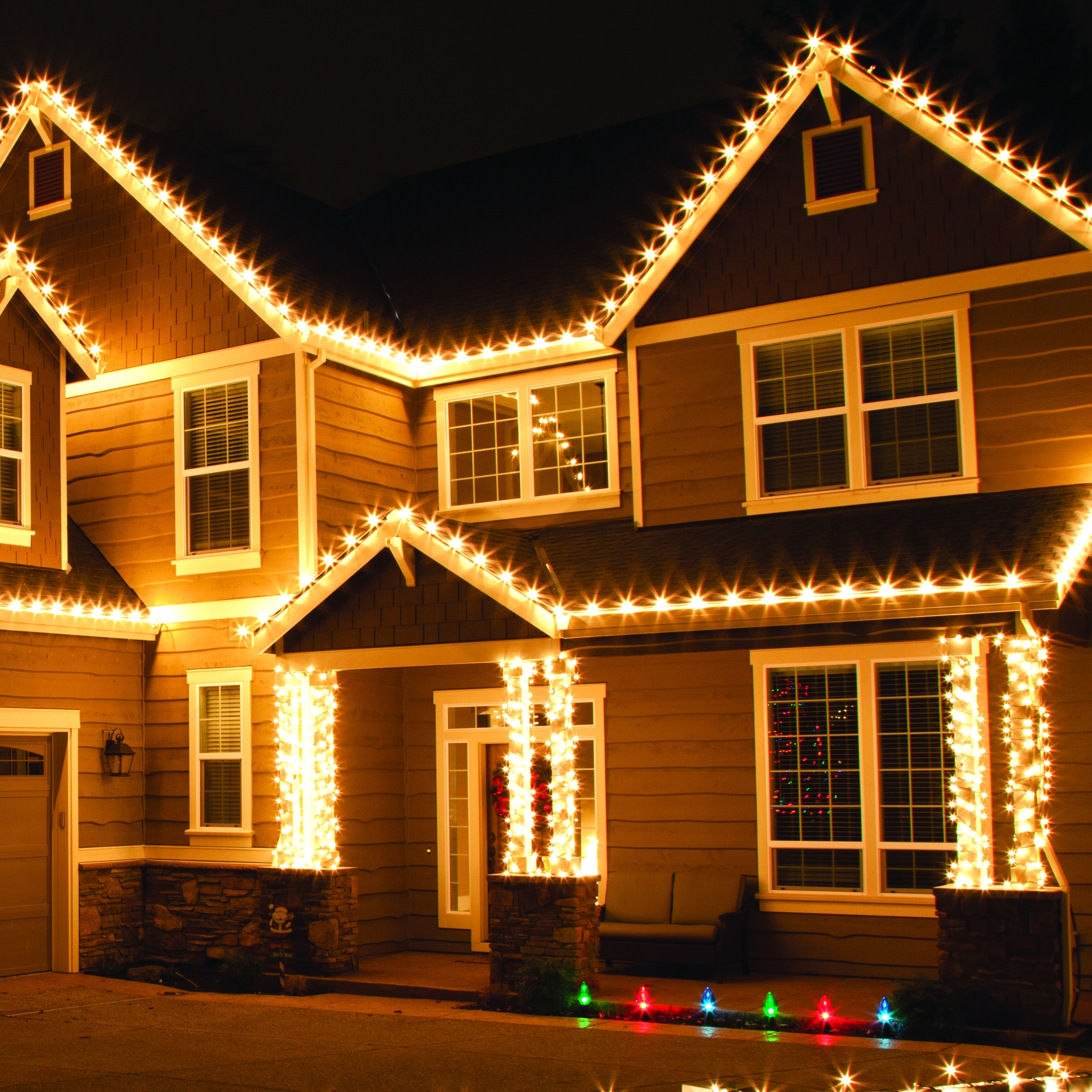 Outdoor Christmas Lights within Outdoor Christmas Rope Lanterns (Image 13 of 20)
