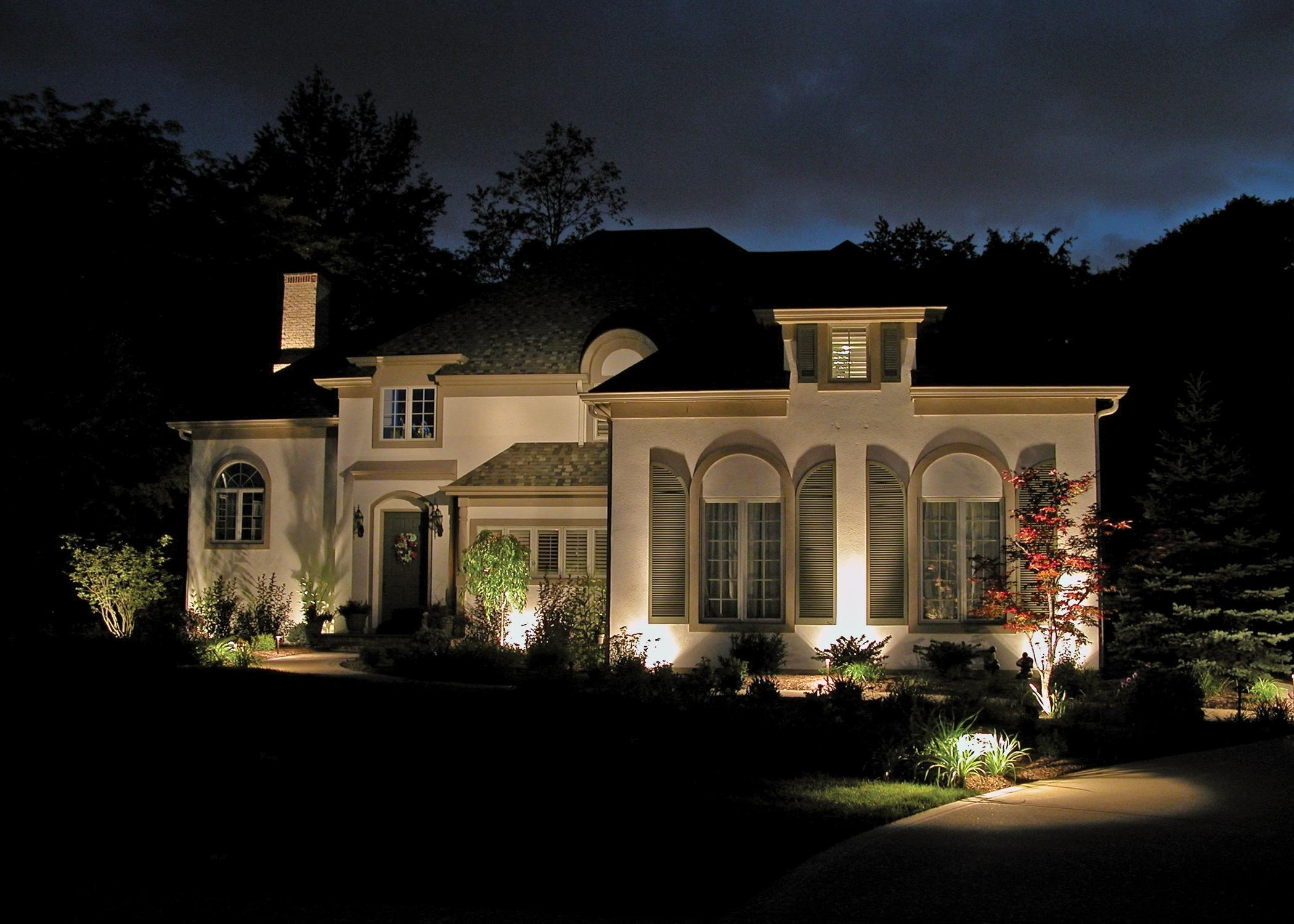 Outdoor Lights For House: 17 Extraordinary Outdoor House Lights with regard to Outdoor Lanterns for House (Image 16 of 20)