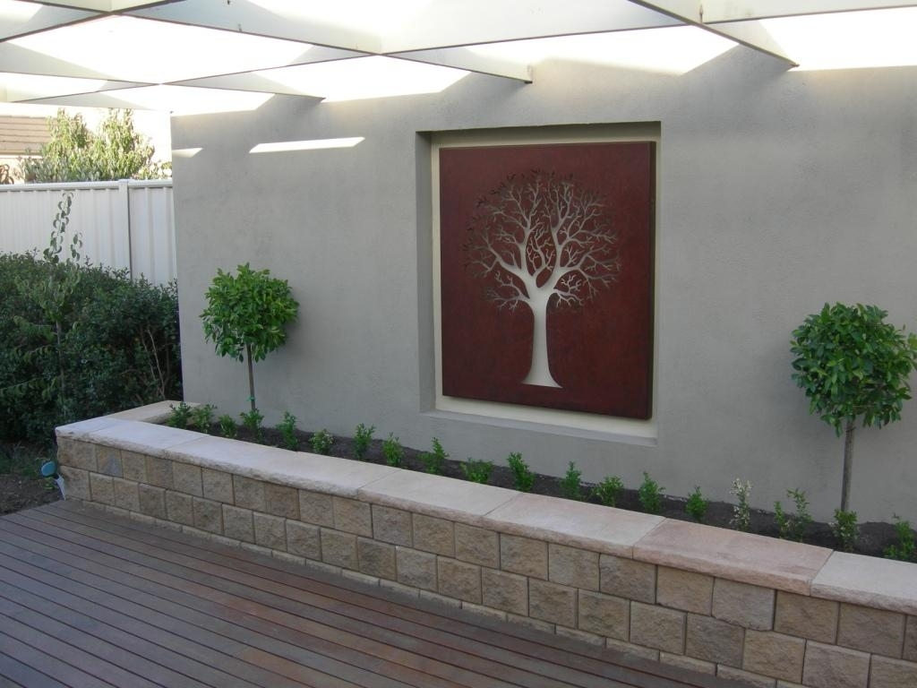 Outdoor Metal Wall Decor Sculpture : Life On The Move - Diy Outdoor inside Outdoor Wall Art (Image 10 of 20)