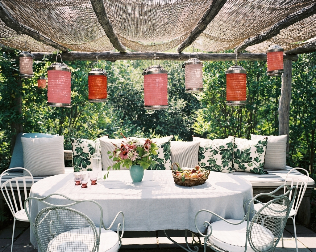 Outdoors: Patio With Paper Lanterns – Porch Vs (View 11 of 20)