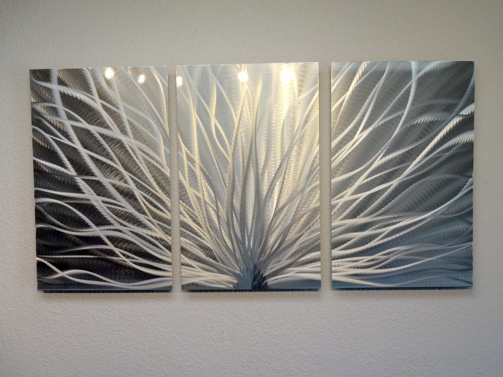 Painting Metal Elegant Radiance 3 Panel Metal Wall Art Abstract With Regard To Cheap Metal Wall Art (Photo 4 of 20)