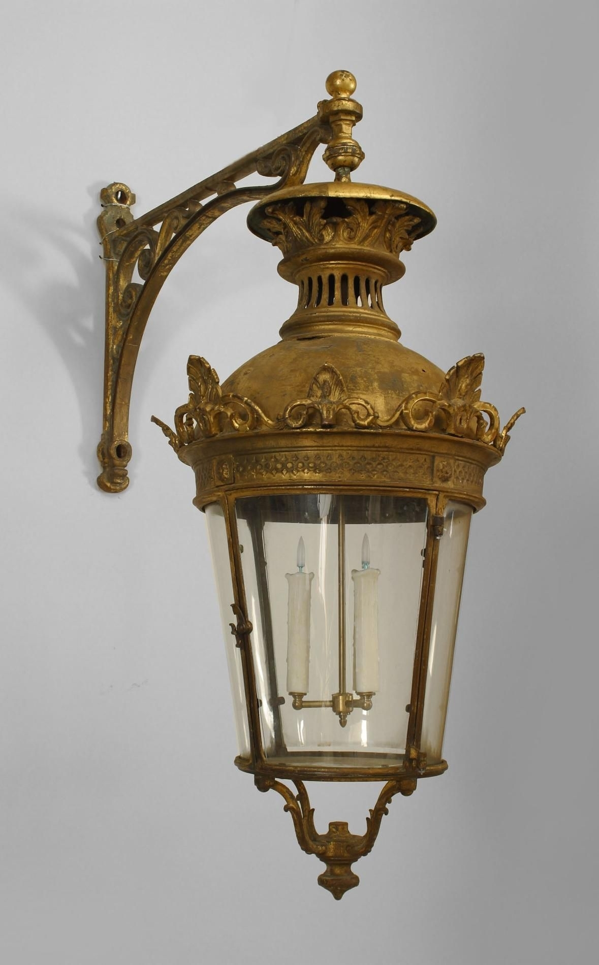 Pair Of French Victorian Bronze 4 Sided Bent Glass Paneled Lanterns In Victorian Outdoor Lanterns (Photo 20 of 20)