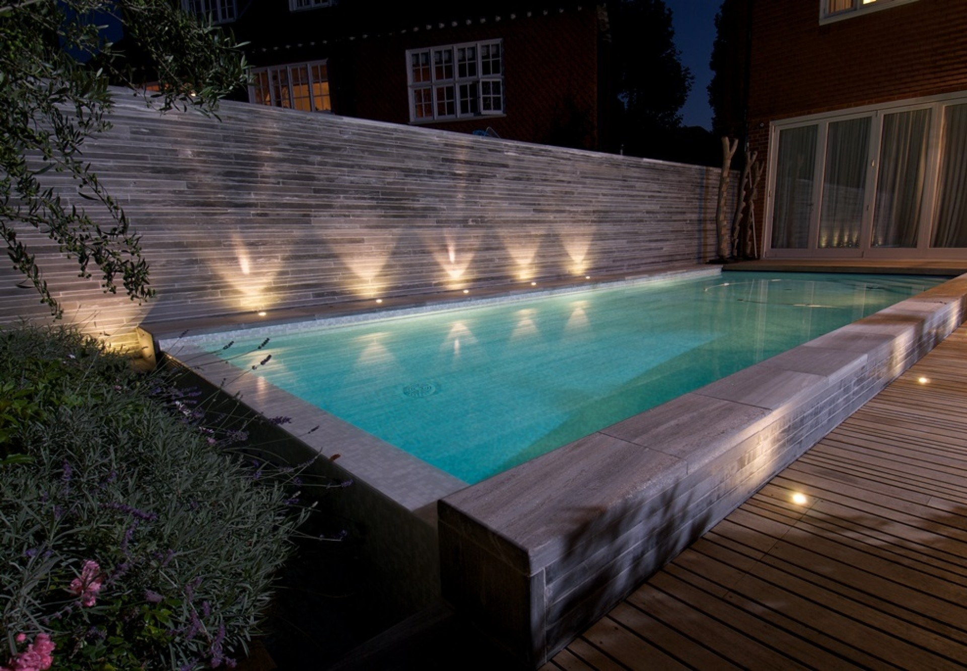 Photos: Outside Lights For Pool Area,   Diy Home Design & Furniture In Outdoor Lanterns For Poolside (Photo 4 of 20)