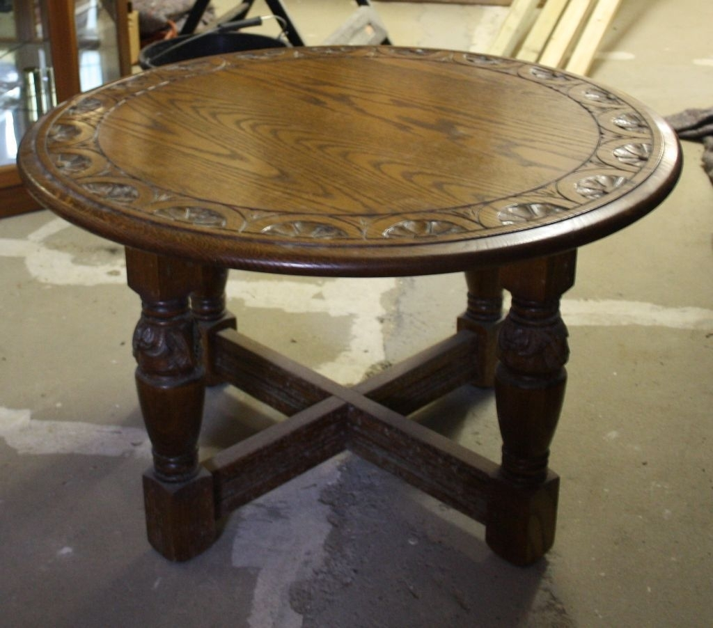 Round Carved Oak Jaycee Coffee Table On Gumtree. Round Carved Oak in Round Carved Wood Coffee Tables (Image 19 of 30)