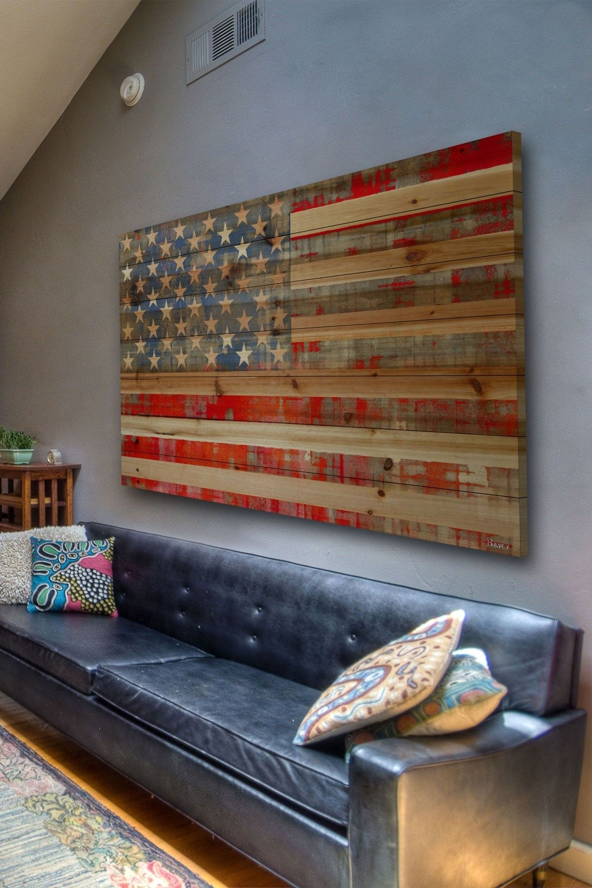 Featured Photo of Rustic American Flag Wall Art