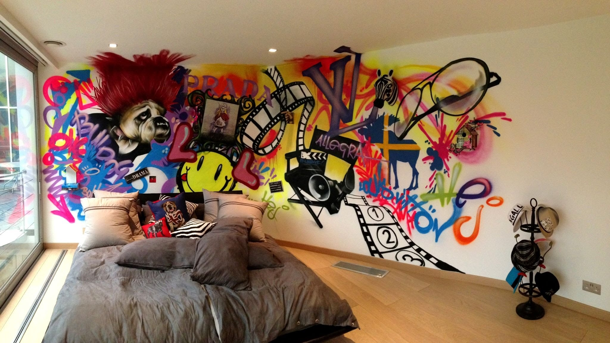 Wall Art Graffiti For Young Bedroom With Recessed Lights And Wood For Cool Wall Art (View 6 of 20)
