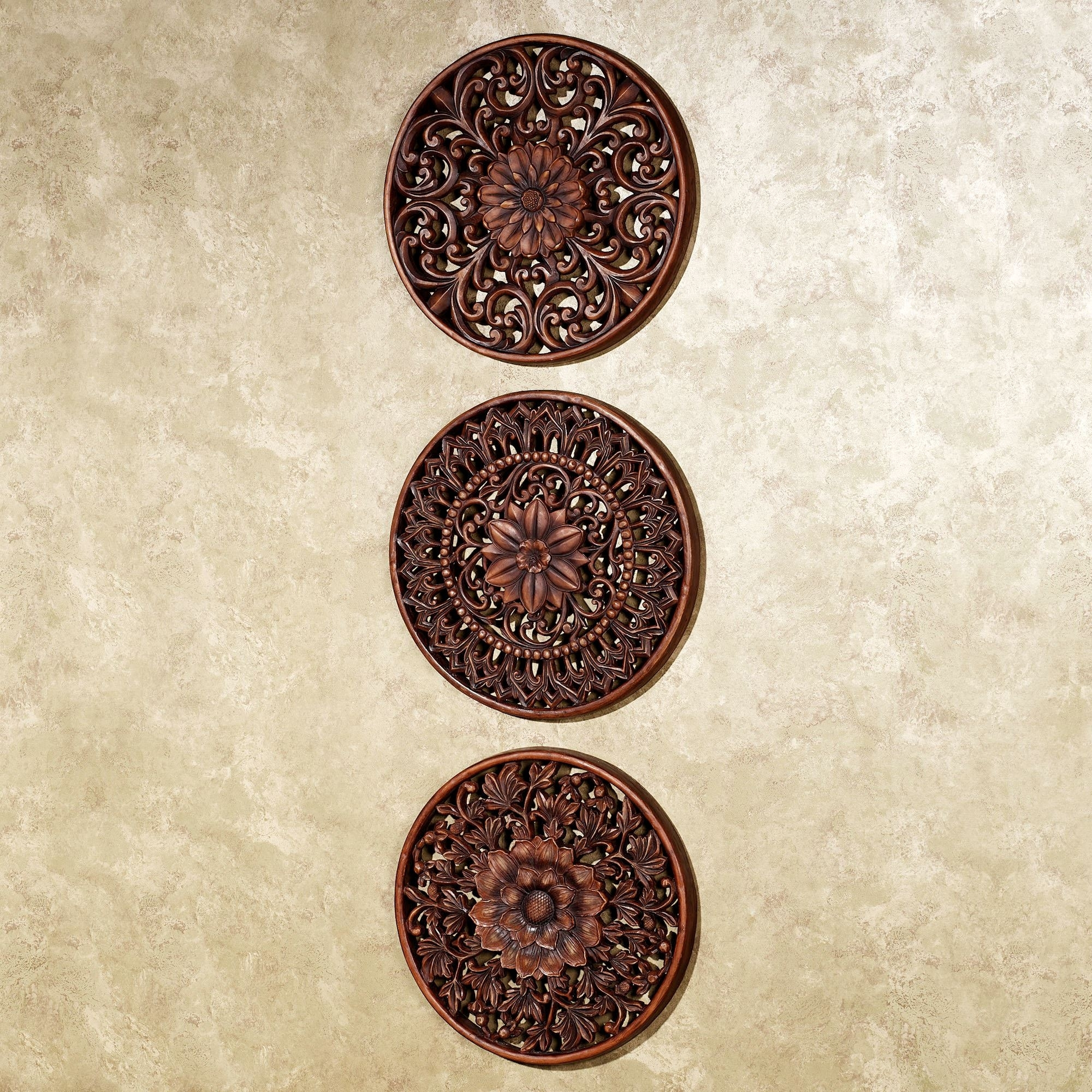 Wood Medallion Wall Art Floral Medallion Wall Plaque Set – Wooden For Wood Medallion Wall Art (View 3 of 20)