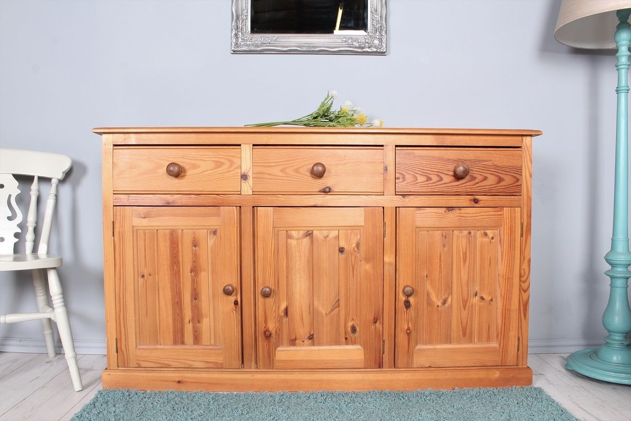 149 Pine Sideboard With 3 Drawers 3 Cupboard Doors - Clean And within Aged Pine 3-Drawer 2-Door Sideboards (Image 1 of 30)