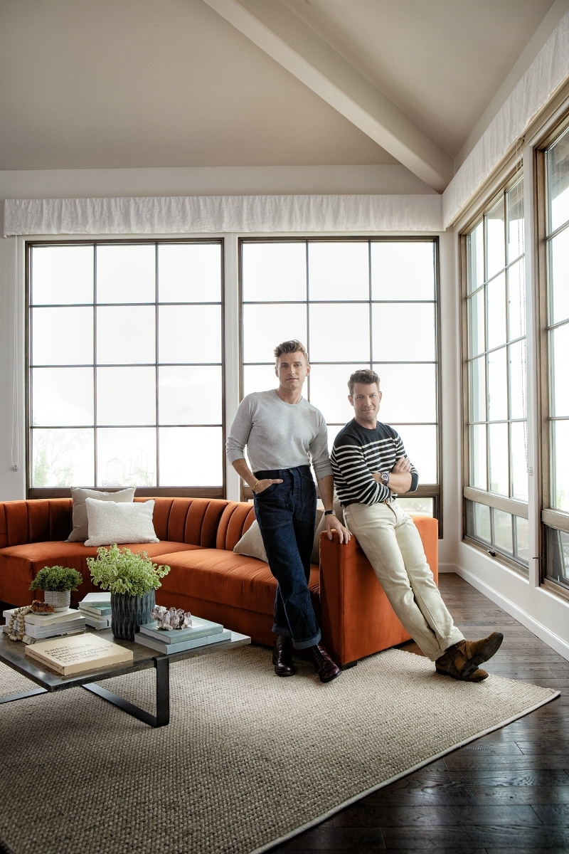 Nate Berkus & Jeremiah Brent Launch Outstanding Home Furniture Line intended for Whitley 3 Piece Sectionals By Nate Berkus And Jeremiah Brent (Image 9 of 32)