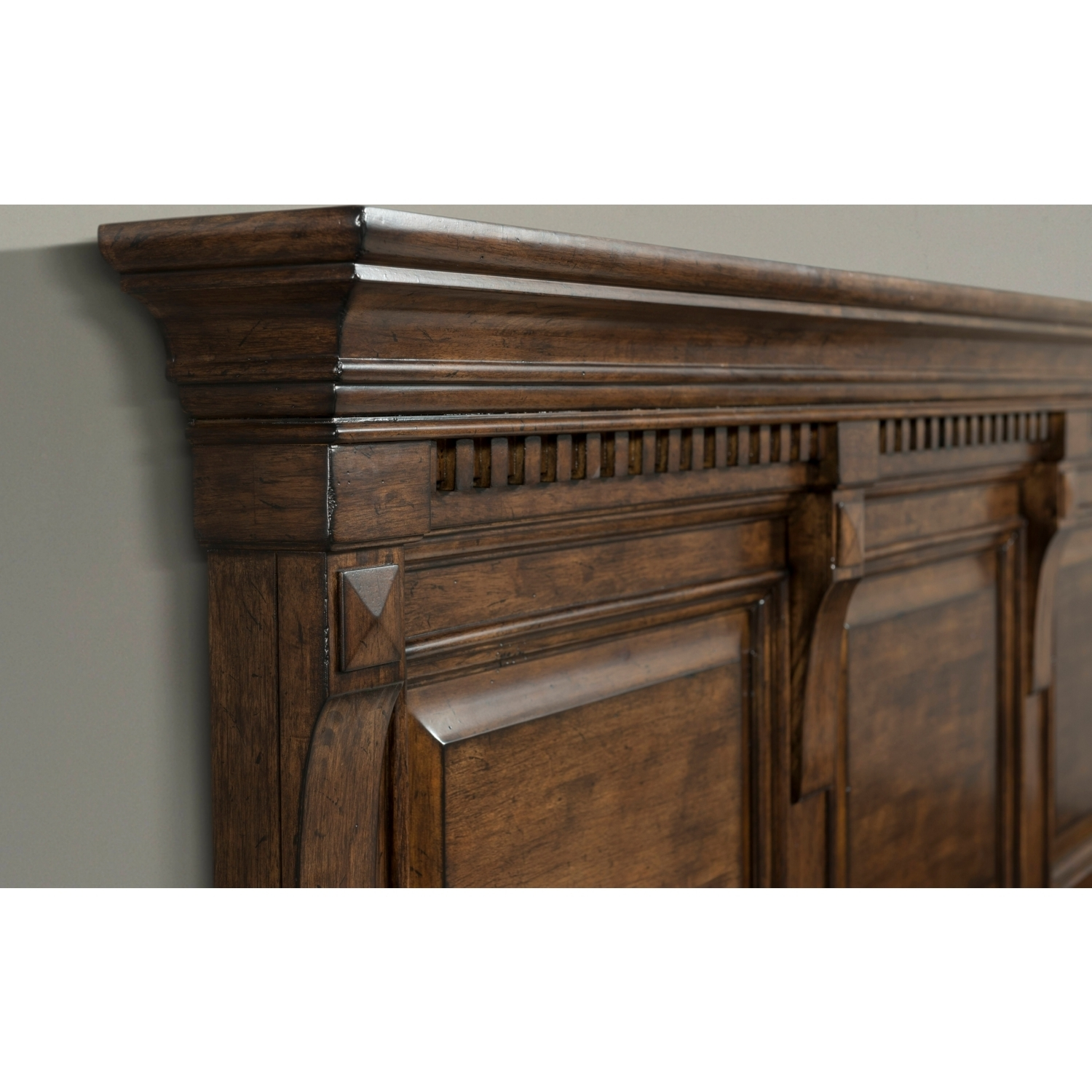 Picket House Furniture Hx600Kb4Pc Henry King 4 Piece Bedroom Set In within Walnut Finish Crown Moulding Sideboards (Image 26 of 30)