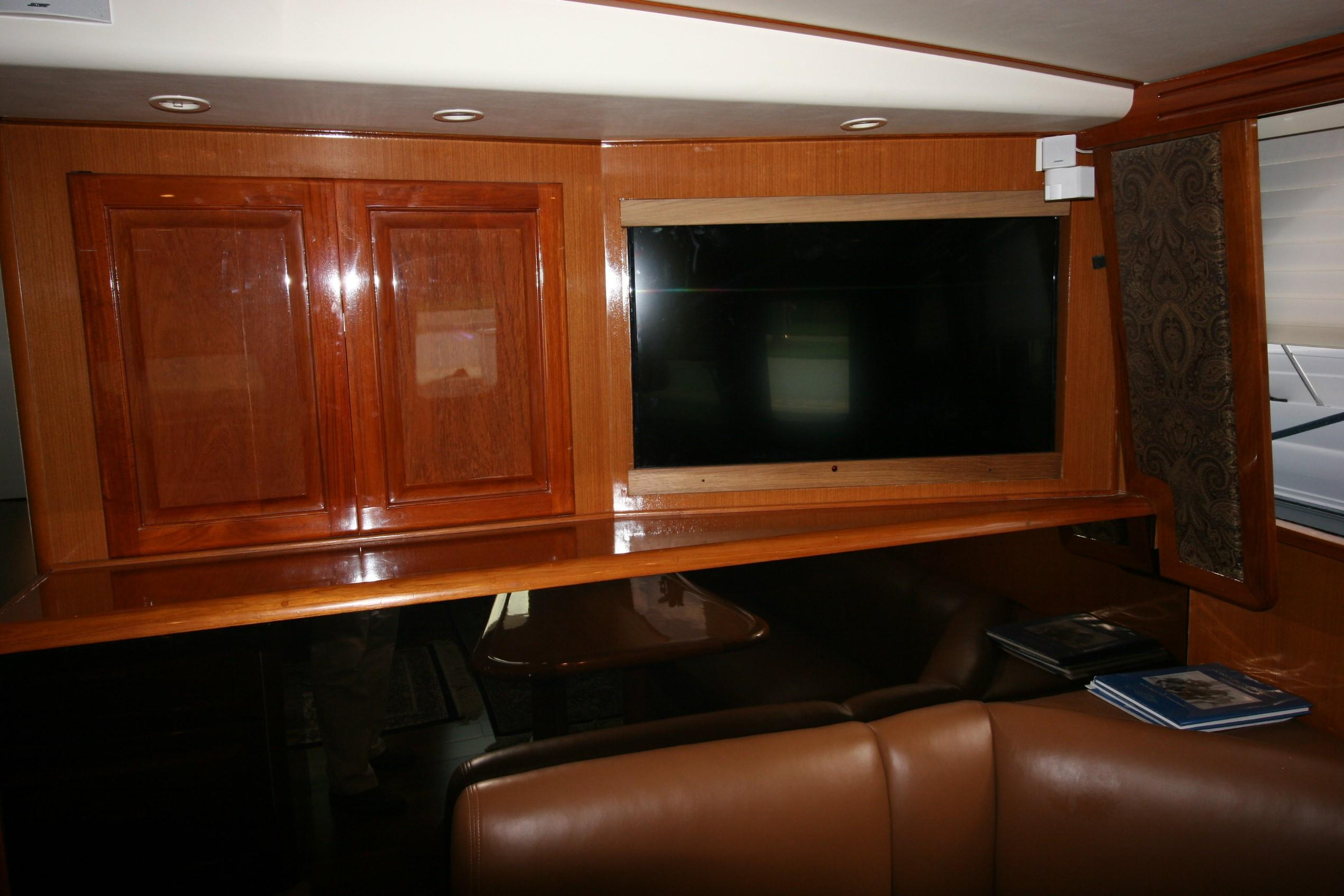 50 Viking 1997 Top Notch Jupiter, Florida throughout Mikelson Media Console Tables (Image 7 of 30)