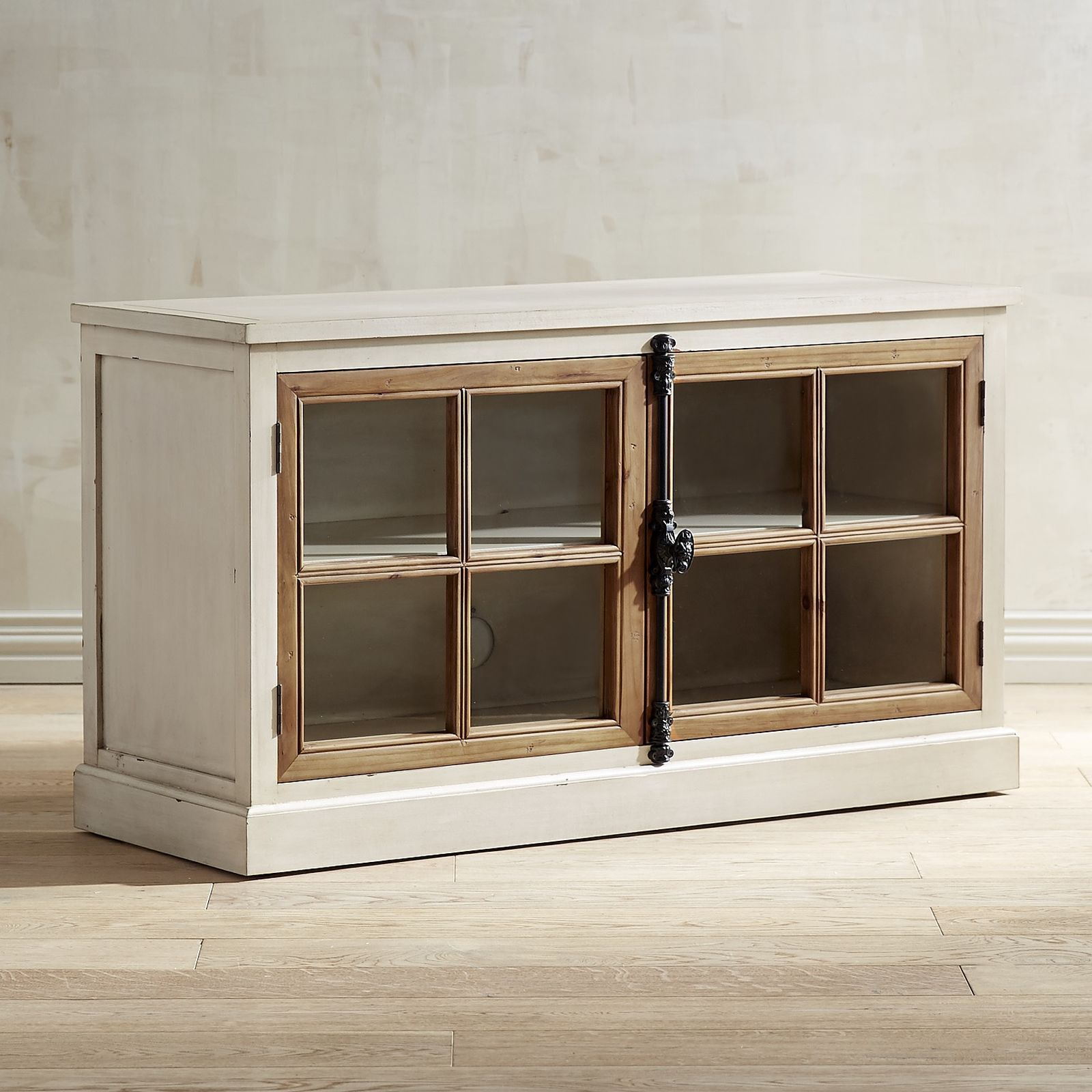 """Cremone Rain White Pine 50"""" Tv Stand 