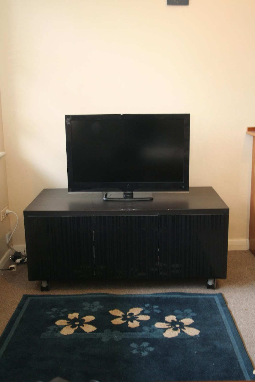 Floating Entertainment Center Mid Century Modern Tv Stand Simple Pertaining To Forma 65 Inch Tv Stands (View 18 of 30)