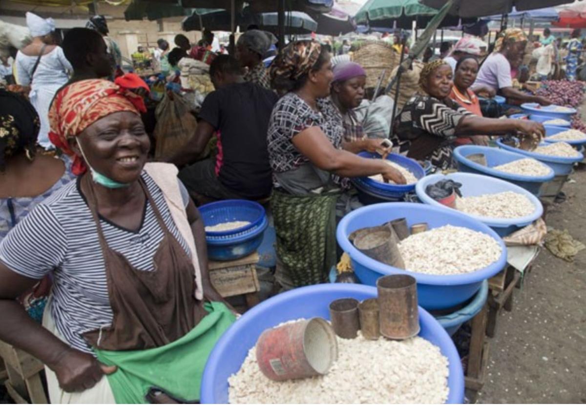 Nijerya Kebbi Eyaleti Pirinç İhracatı Inside Preston 66 Inch Tv Stands (Photo 22 of 28)