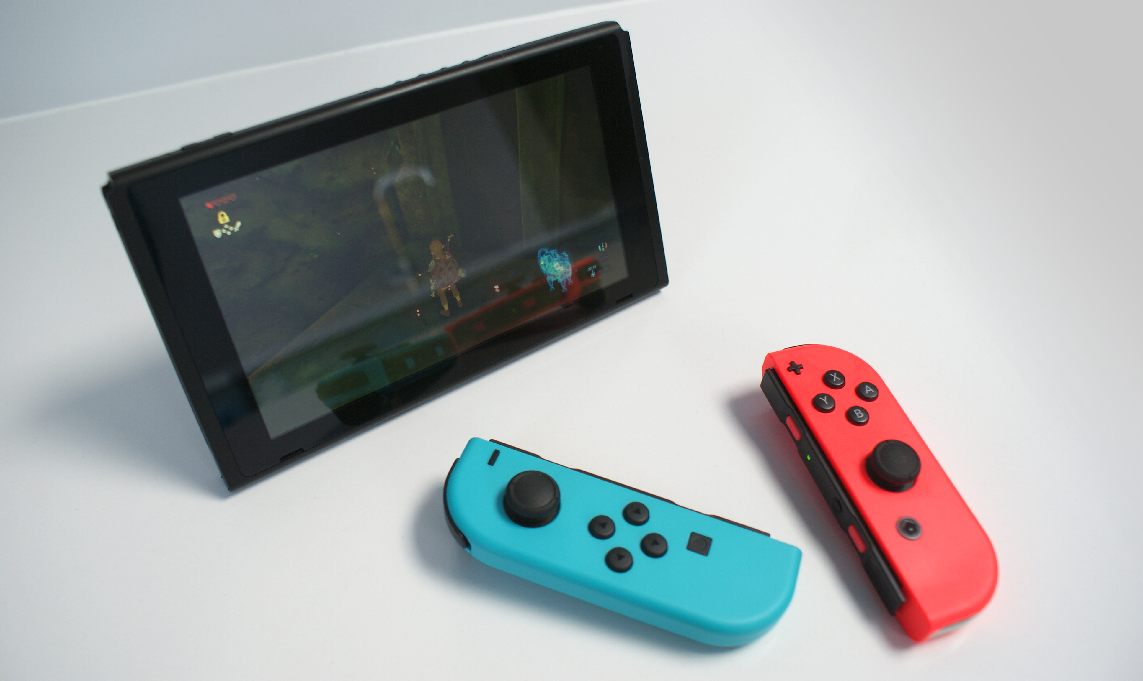 Nintendo Wants A Longer Life Cycle For The Switch Than Five To Six In Switch Console Tables (View 23 of 30)