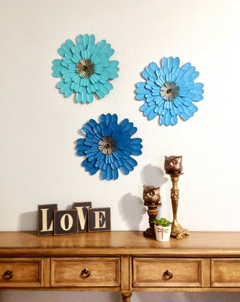 "14"" Metal Flower Wall Art Teal & Turquoise Set Of 3 – Metal Wall/fence Decor – Metal Yard Art – Patio Barn She Shed Decor – Home And Living With Regard To Metal Flower Wall Decor (Set Of 3) (View 16 of 30)"