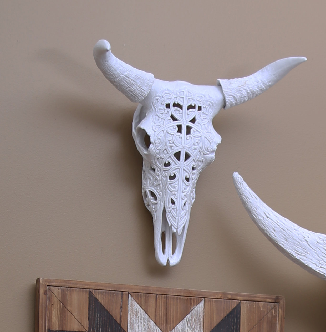 """17"""" Polyresin Bull Skull Wall Décor With Highlands Ranch The Templeton Wall Decor (View 1 of 30)"""
