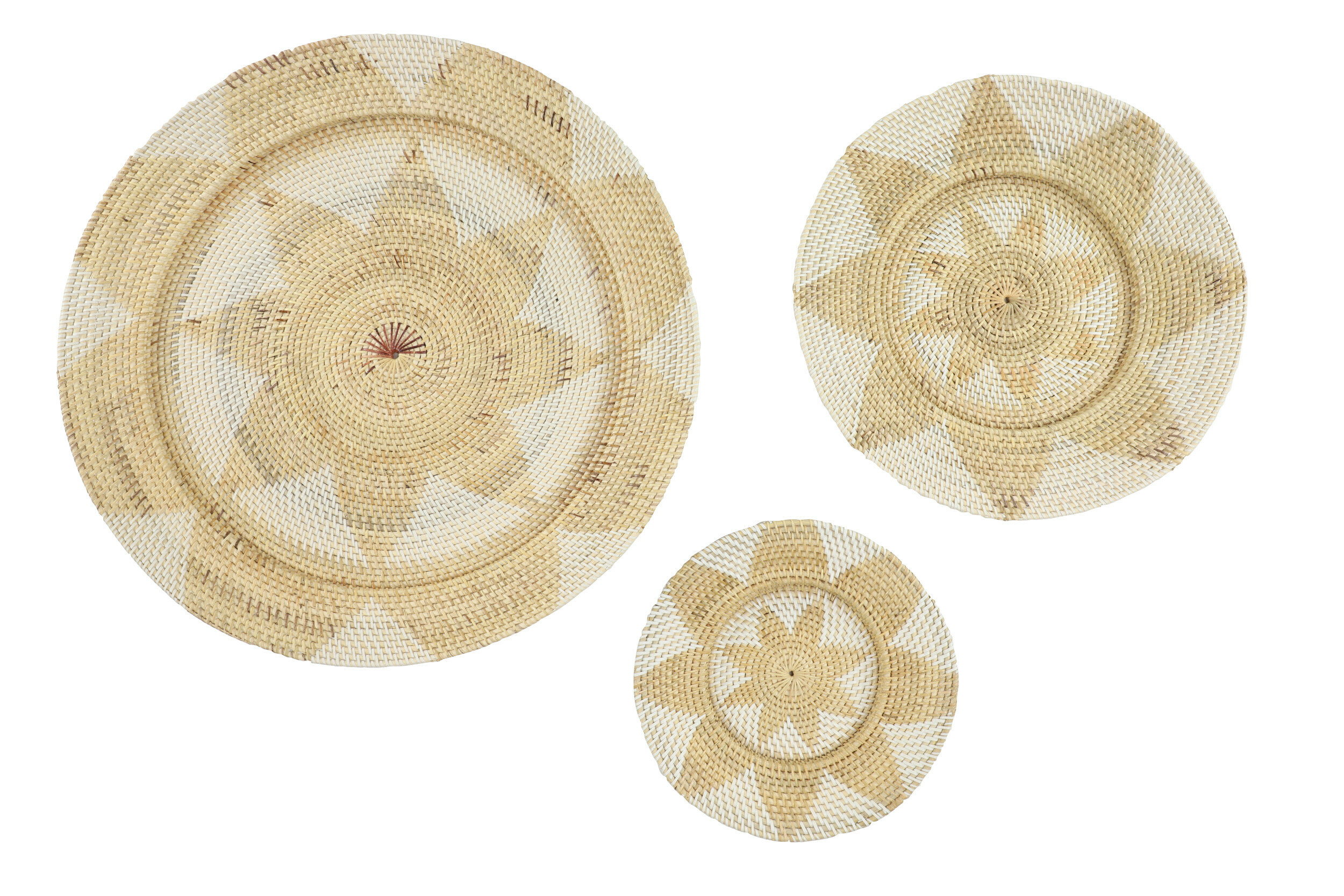 3 Piece Decorative And Round Wicker Basket Tray With Star Design Wall Décor  Set with 3 Piece Ceramic Flowers Wall Decor Sets (Image 3 of 30)