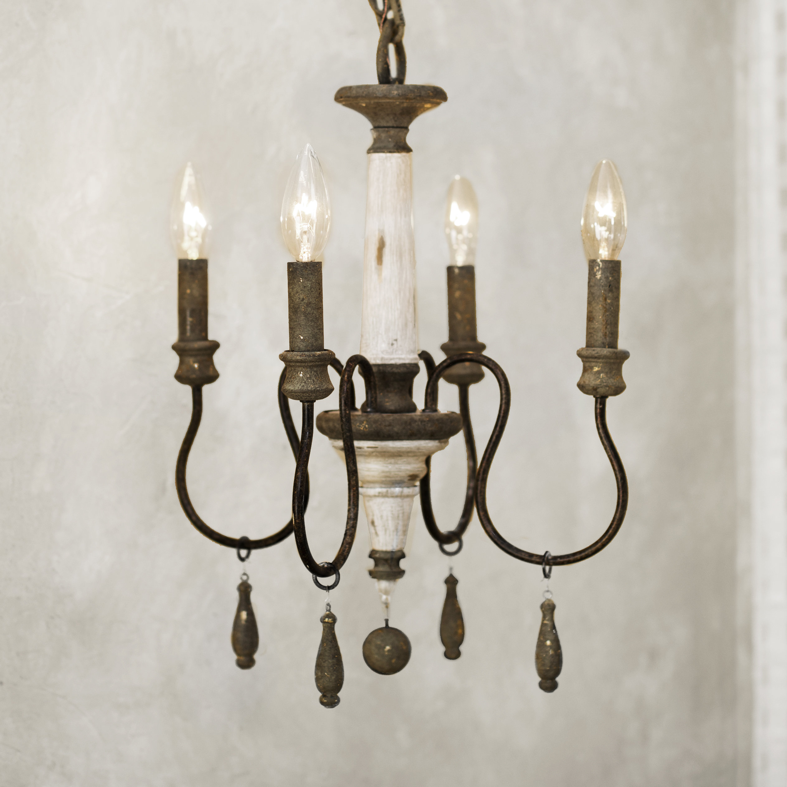 Armande Candle Style Chandelier Within Bouchette Traditional 6 Light Candle Style Chandeliers (View 10 of 30)