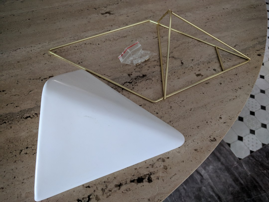 Brand New Umbra Trigg Hanging Planter Vase & Geometric Wall Intended For Trigg Ceramic Planter Wall Decor (View 12 of 30)