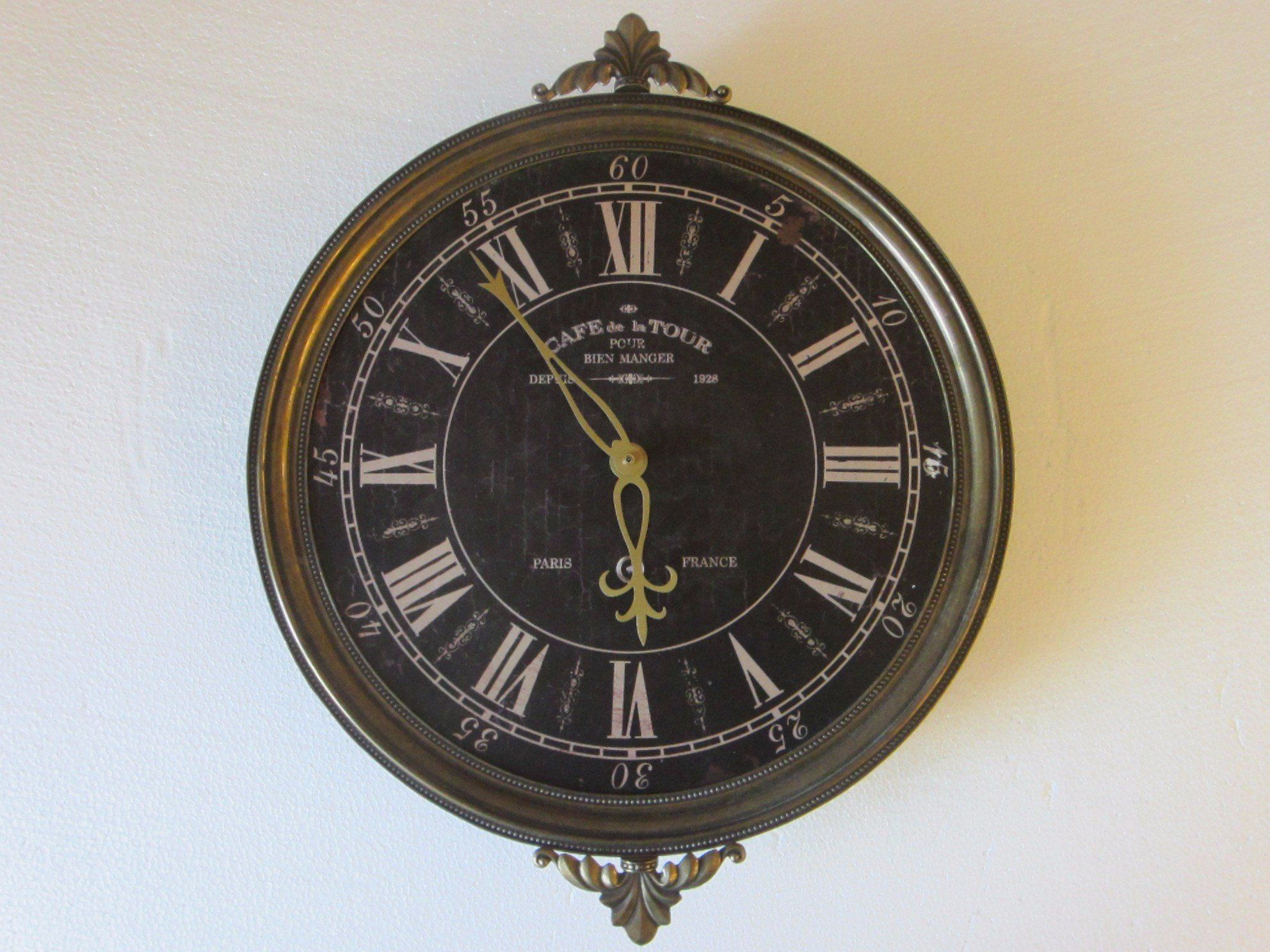 Brass Clock Cafe De La Tour Pour Bien Manger Depuis 1928 Pertaining To Latour Wall Decor (View 17 of 30)