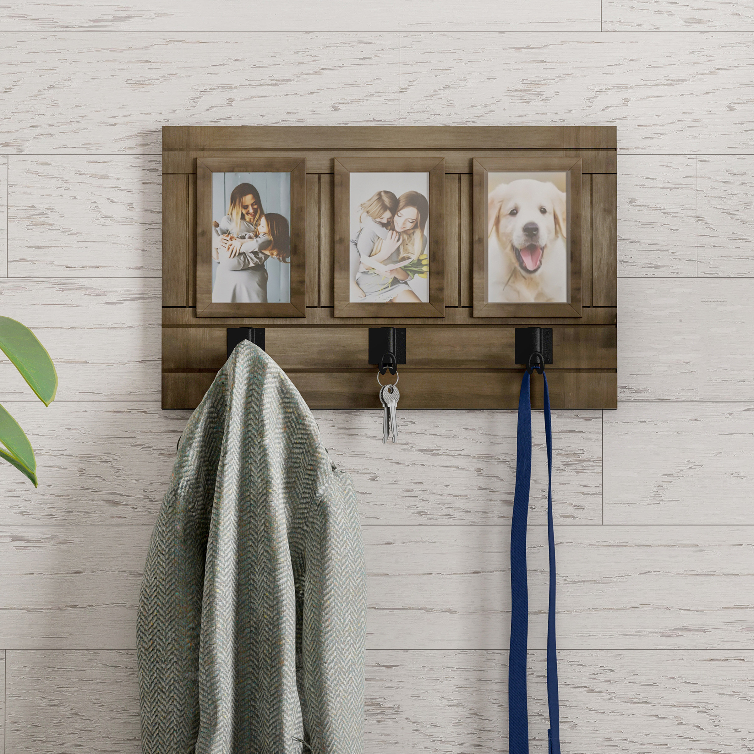 Delyth Wall Picture Frame With Millanocket Metal Wheel Photo Holder Wall Decor (Photo 24 of 30)