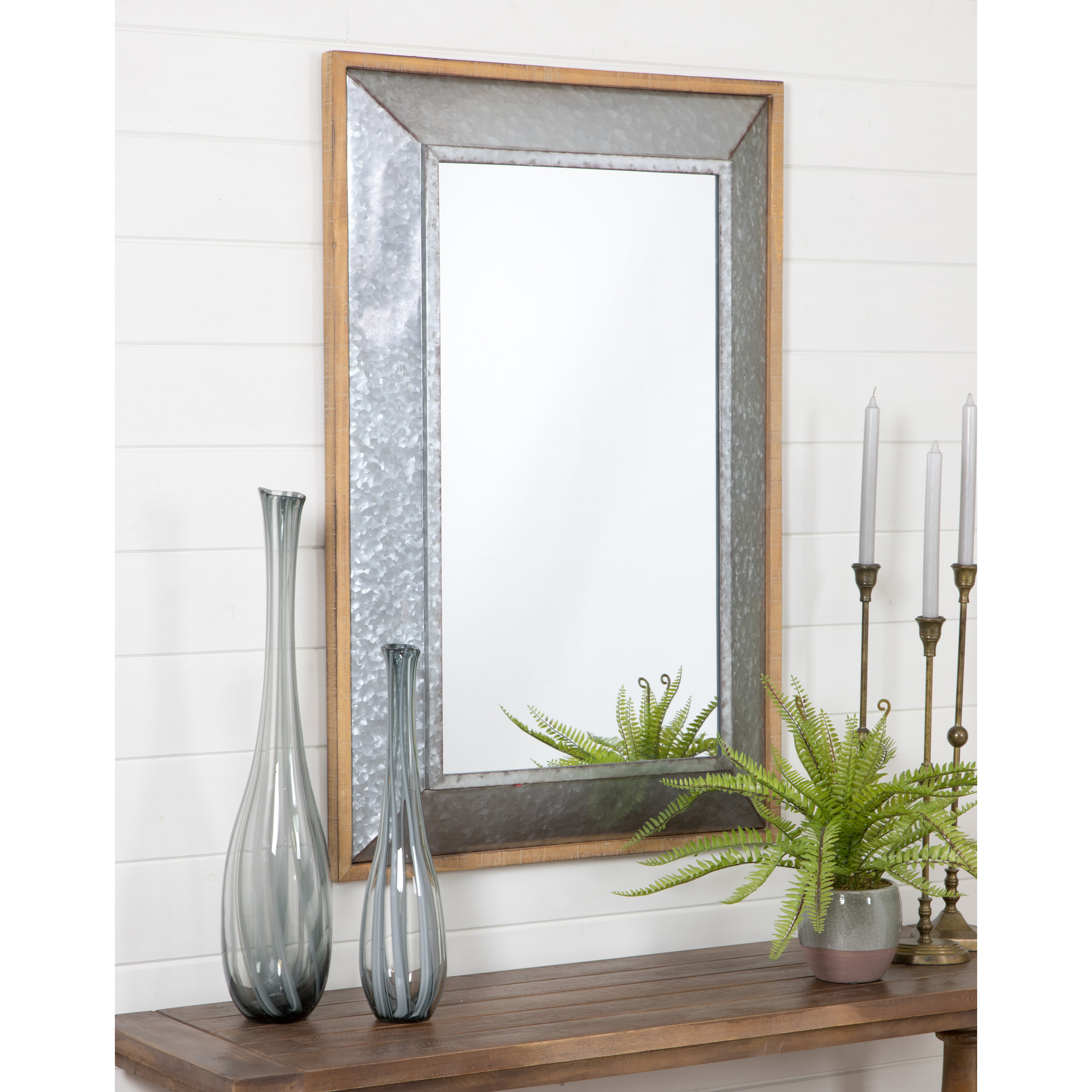 Dillinger Farmhouse Wall Mirror With Epinal Shabby Elegance Wall Mirrors (Gallery 16 of 30)