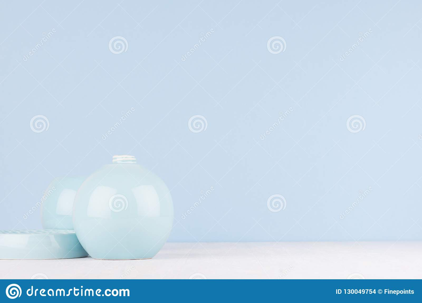 Elegant Modern Home Decor Of Smooth Ceramic Circle Vase And within Vase And Bowl Wall Decor (Image 13 of 30)