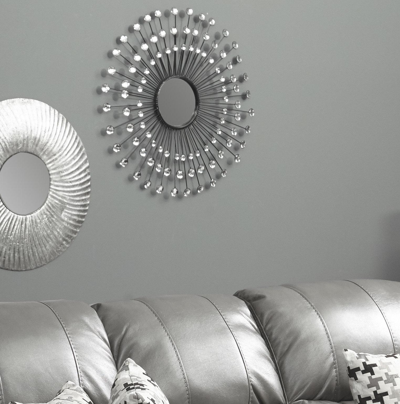 Estrela Modern Sunburst Metal Wall Mirror Within Estrela Modern Sunburst Metal Wall Mirrors (View 4 of 30)