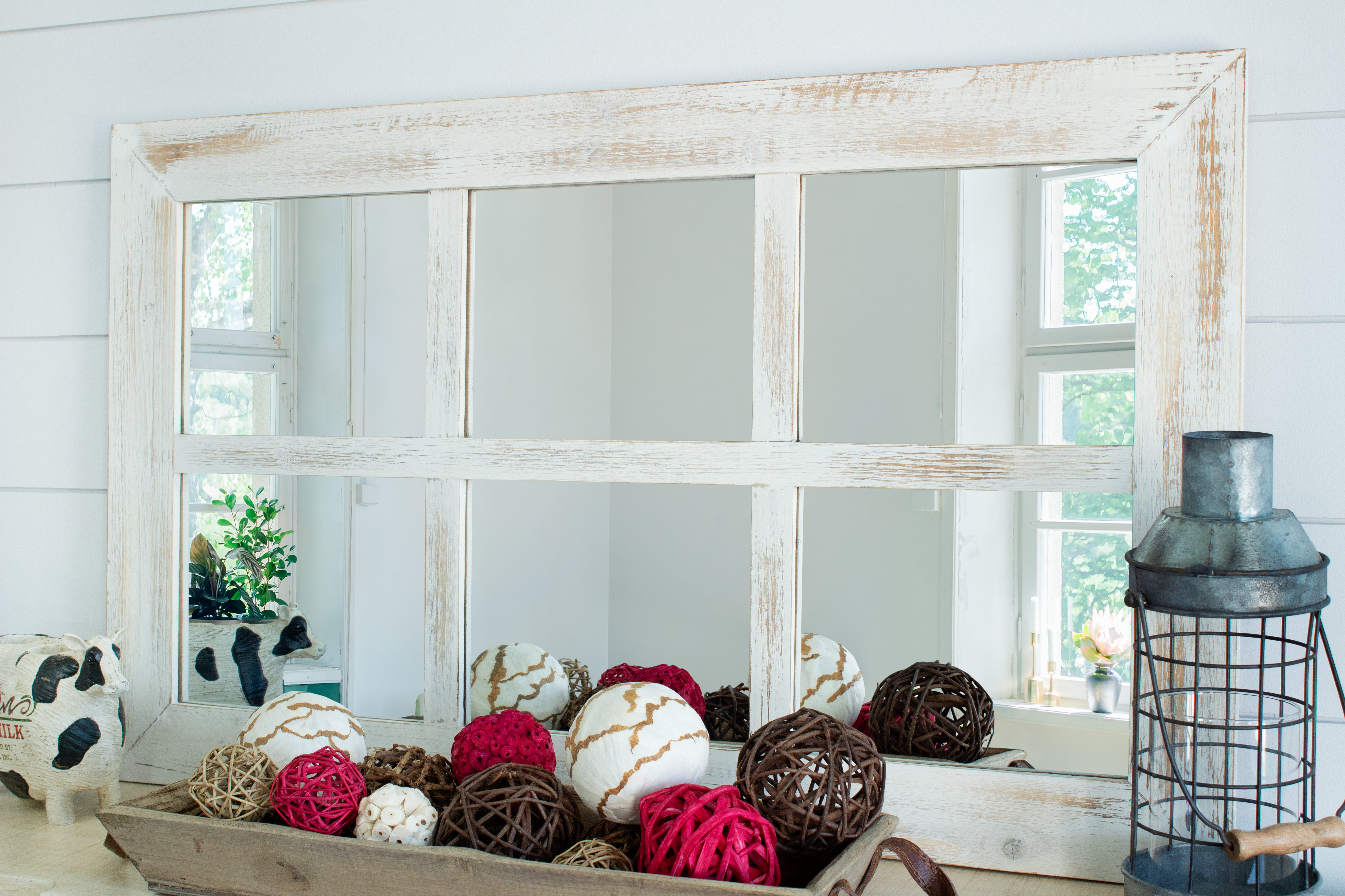 Harr Rustic Windowpane Accent Mirror Regarding Newtown Accent Mirrors (View 18 of 30)