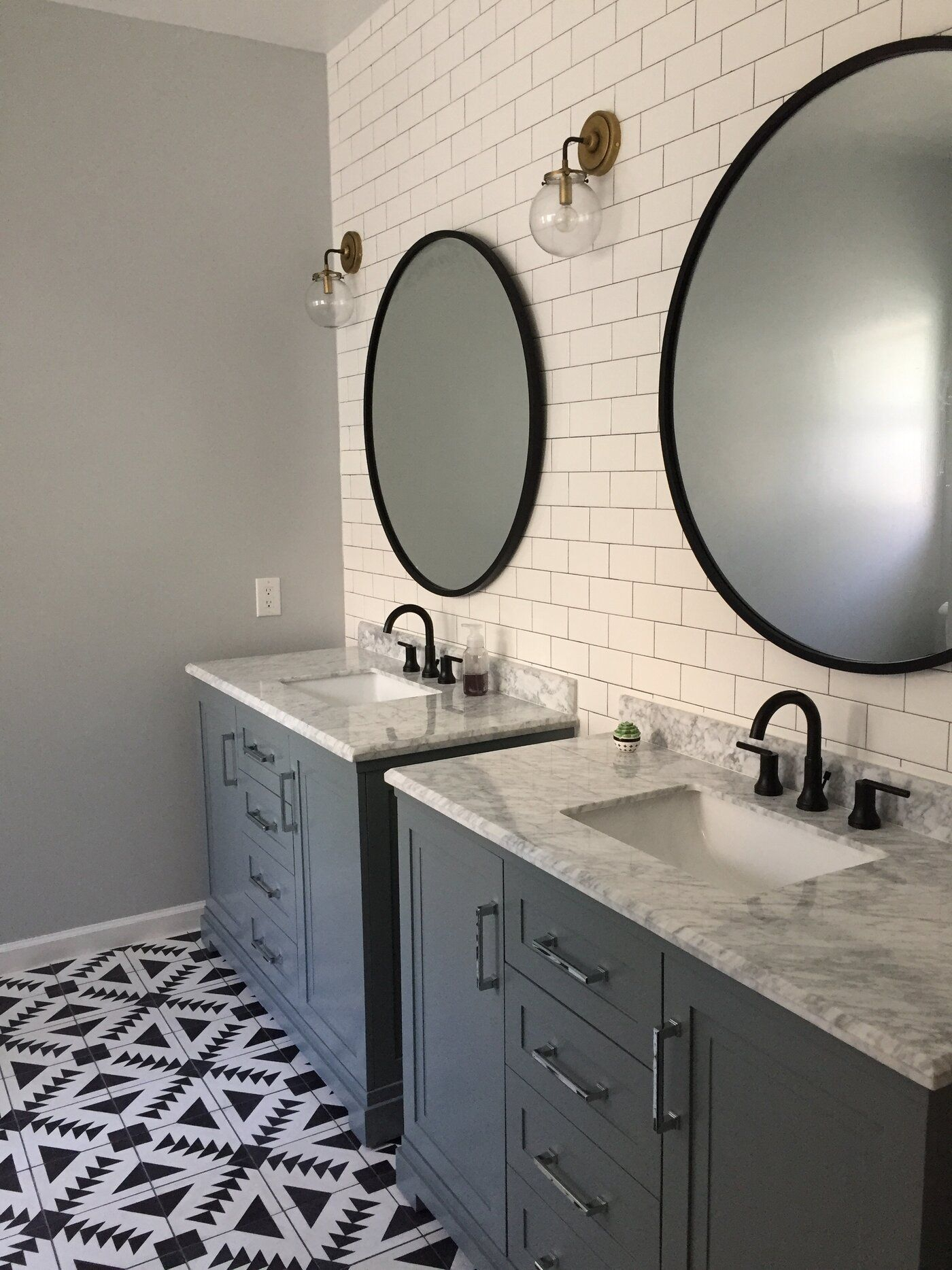 Hub Modern And Contemporary Accent Mirror In 2019 | Bathroom for Hub Modern And Contemporary Accent Mirrors (Image 5 of 30)