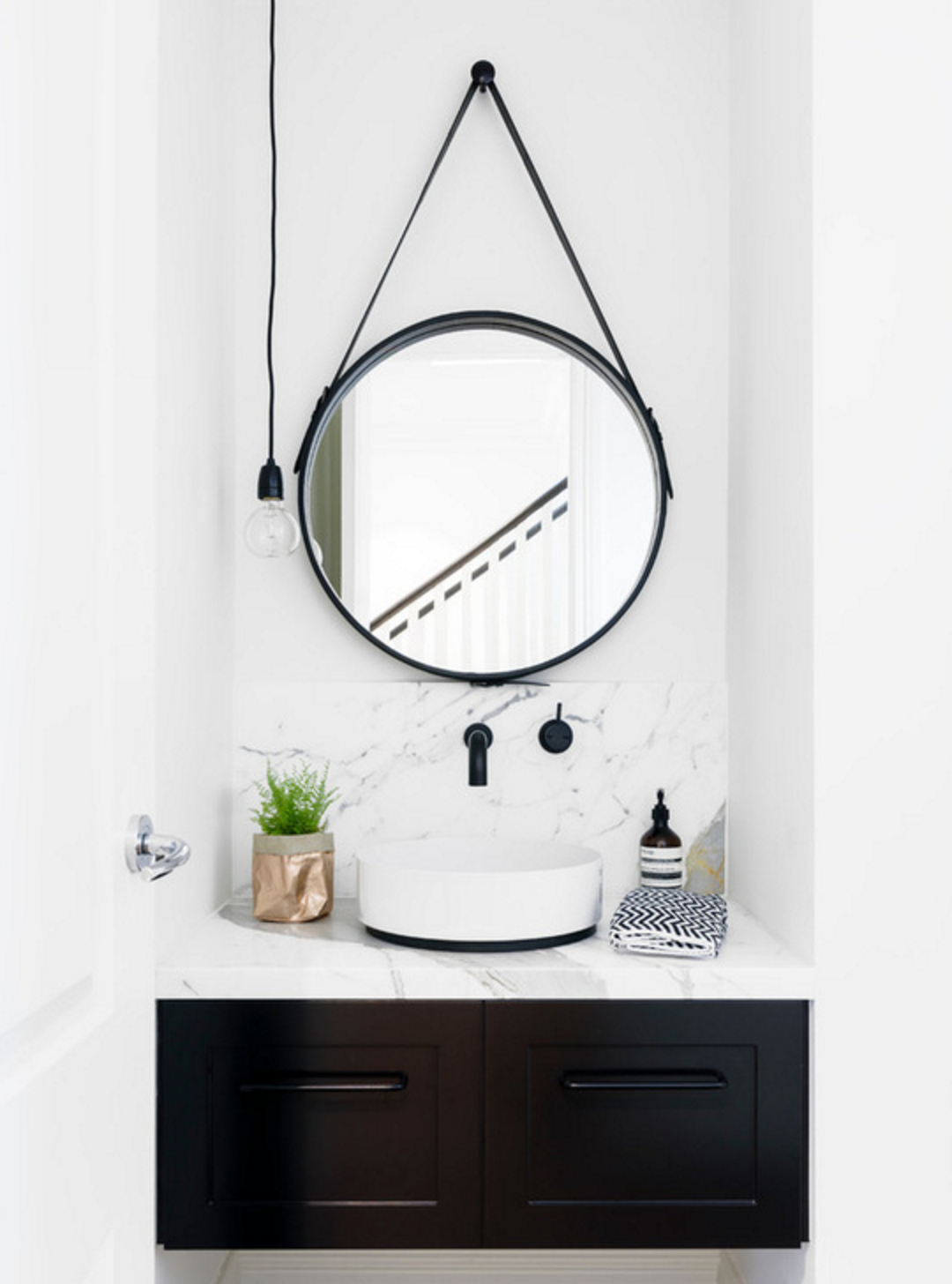 Hub Modern And Contemporary Accent Mirror | Interiors regarding Hub Modern And Contemporary Accent Mirrors (Image 16 of 30)