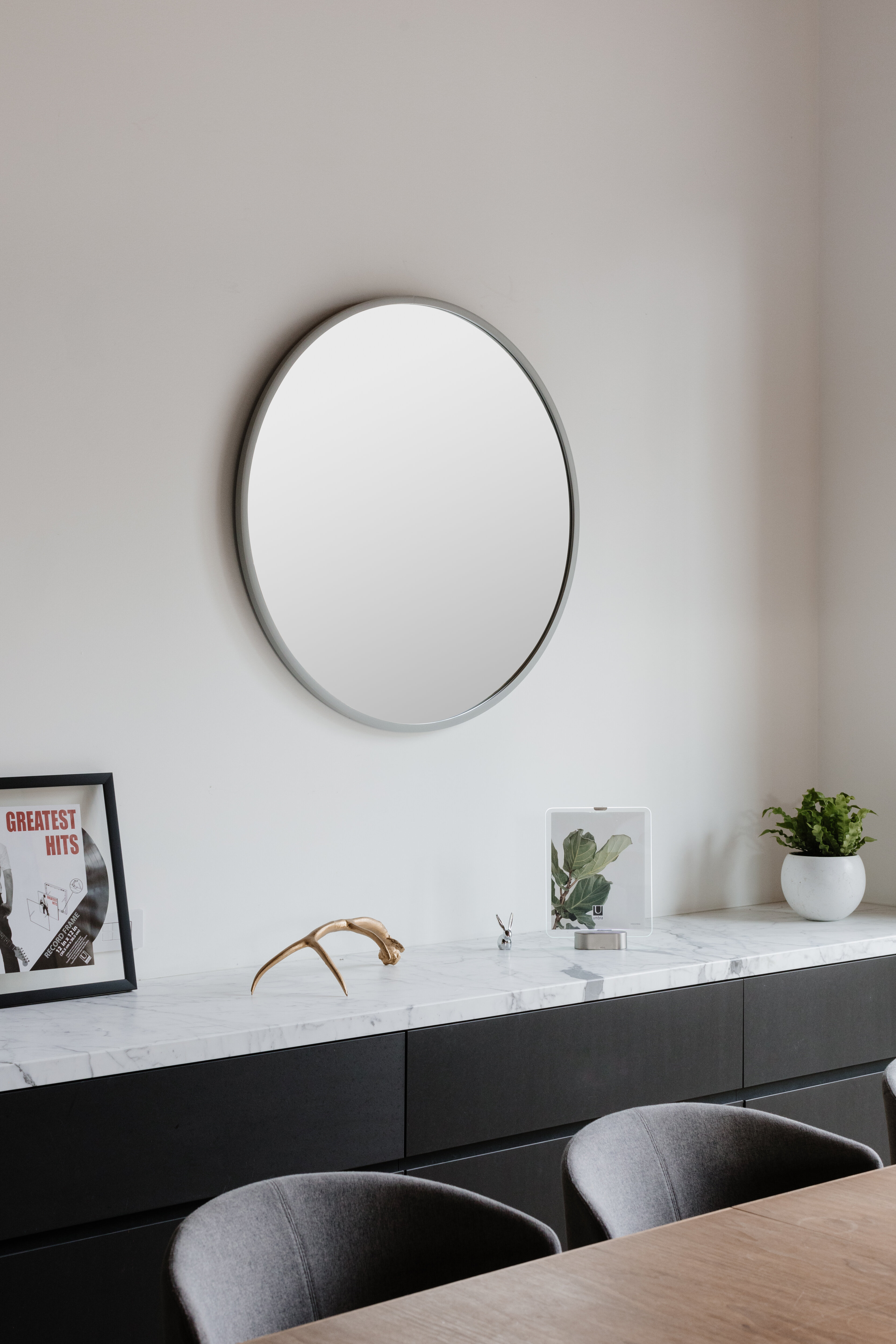 Hub Modern And Contemporary Accent Mirror with Hub Modern and Contemporary Accent Mirrors (Image 13 of 30)