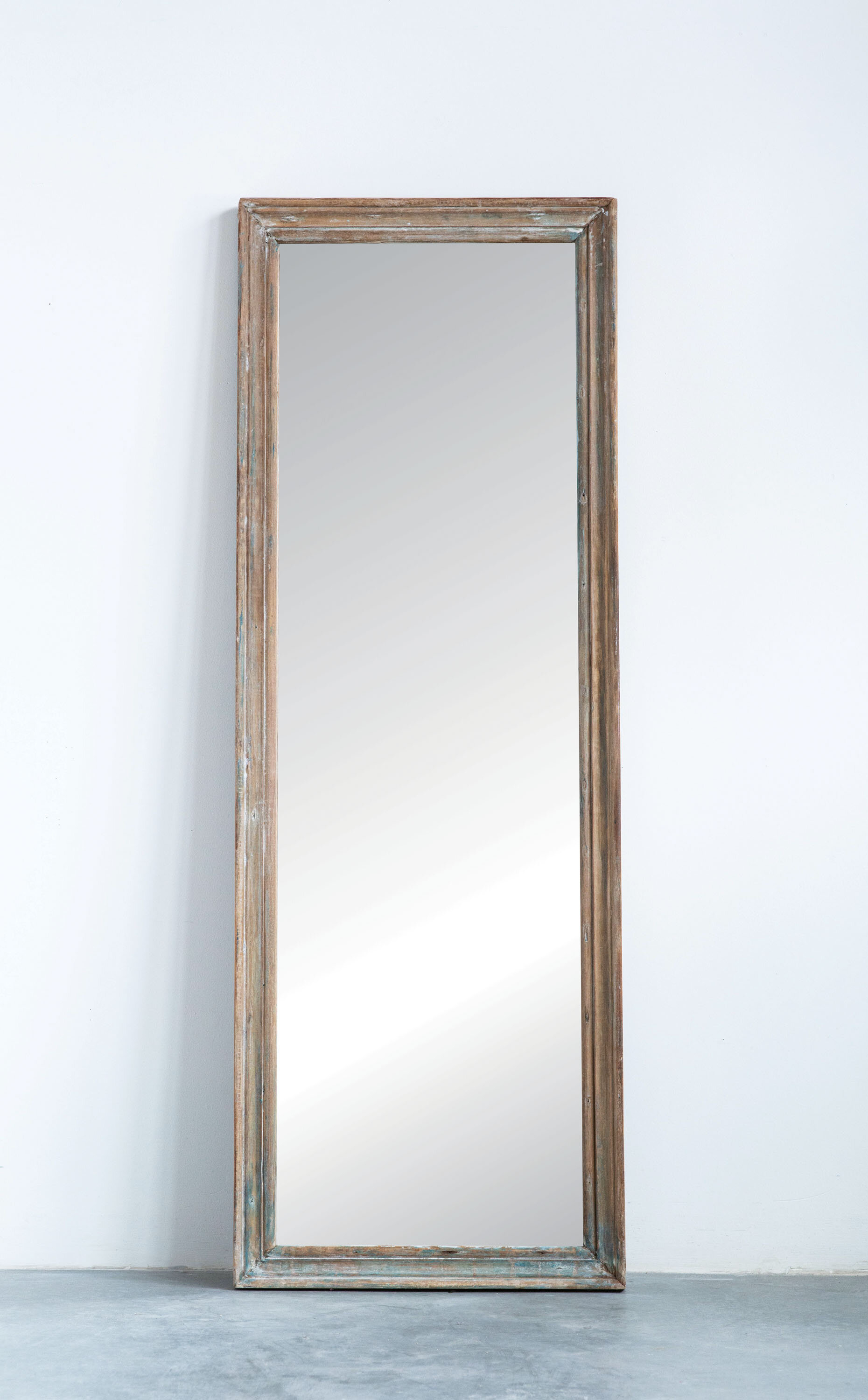Jusino Rectangle Reclaimed Wood Traditional Full Length Mirror In Polen Traditional Wall Mirrors (View 17 of 30)