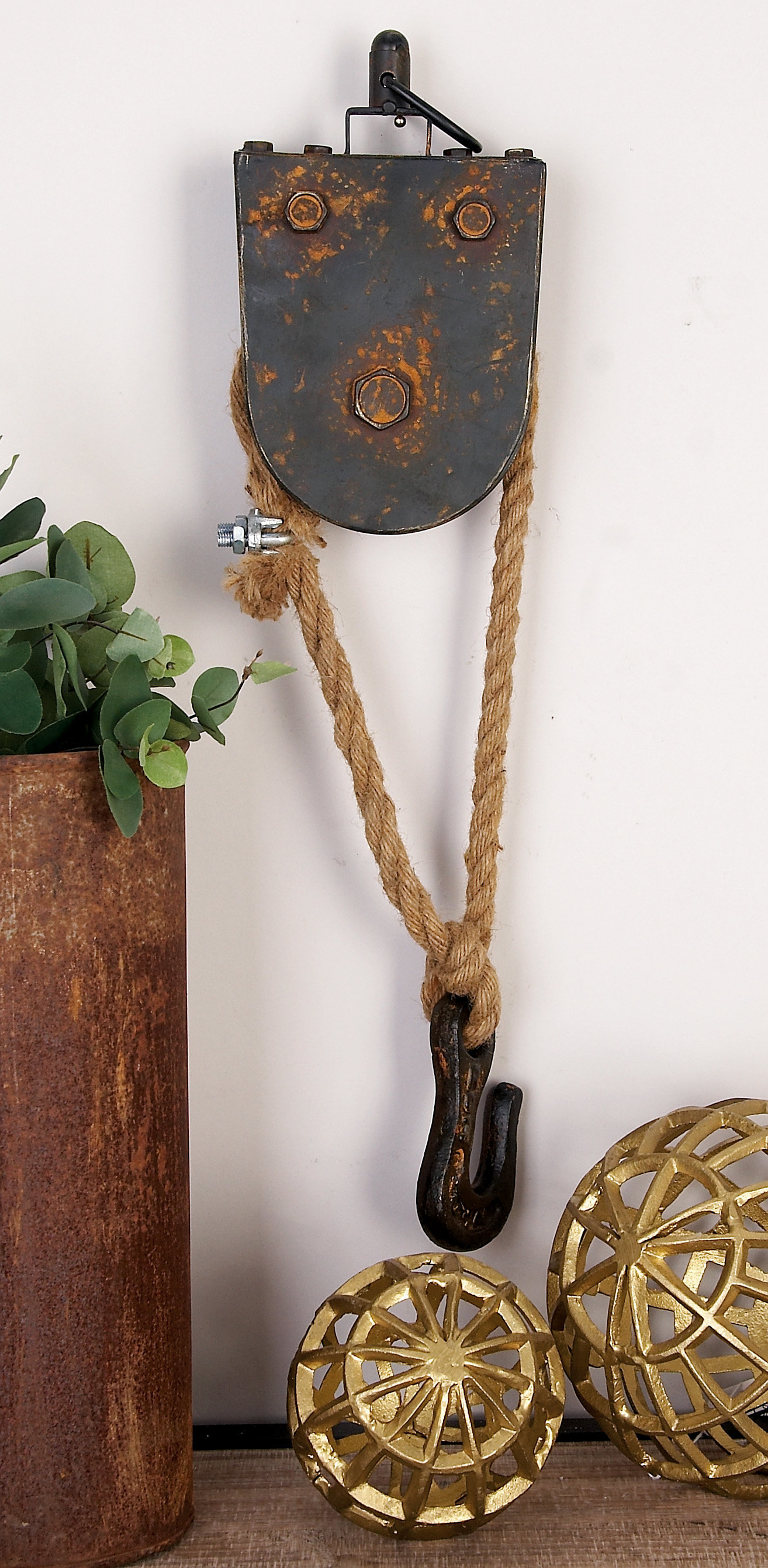 Metal Rope Block Tackle Wall Décor pertaining to Metal Rope Wall Sign Wall Decor (Image 23 of 30)