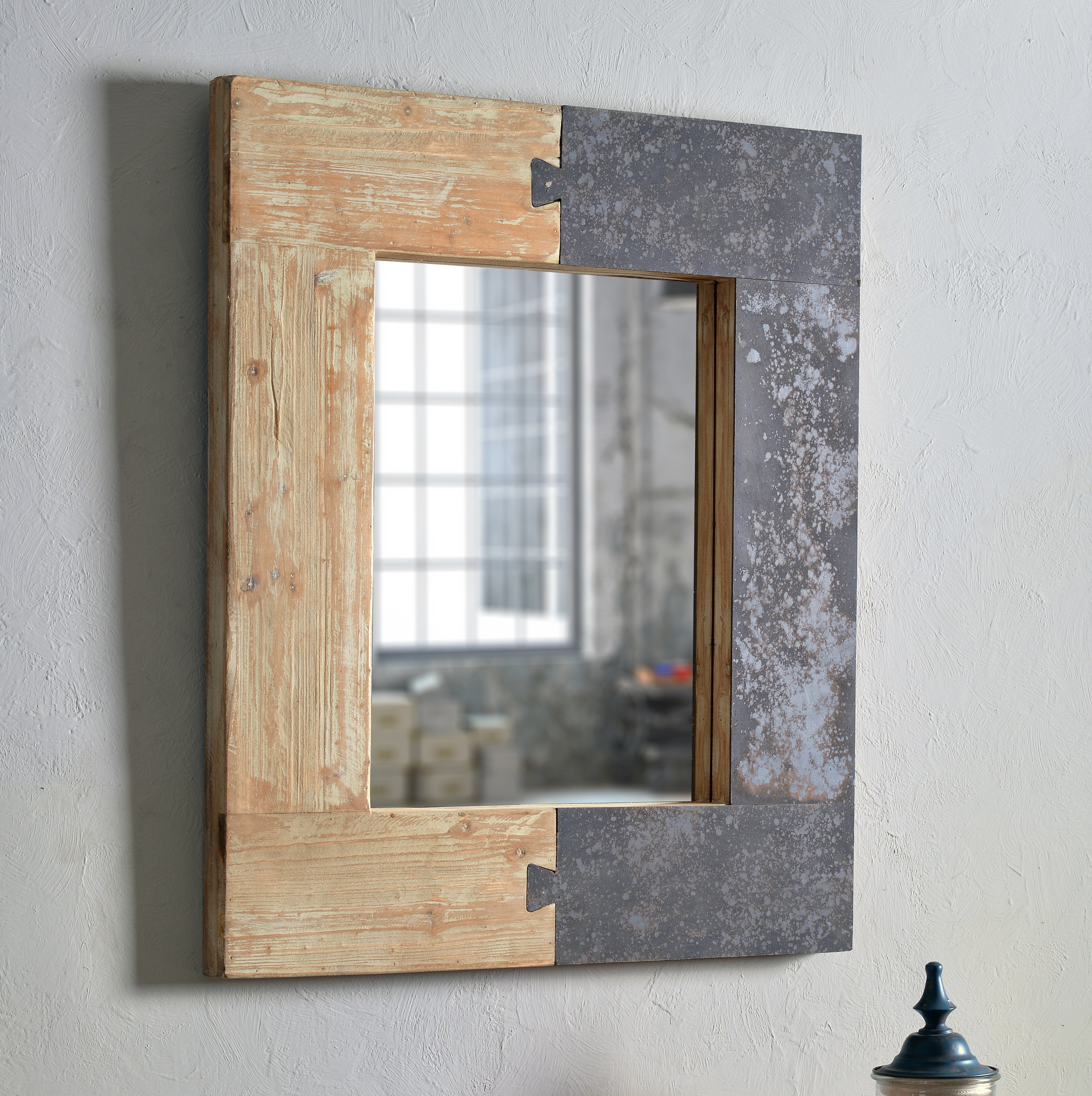 Norma Accent Mirror In Polen Traditional Wall Mirrors (View 20 of 30)