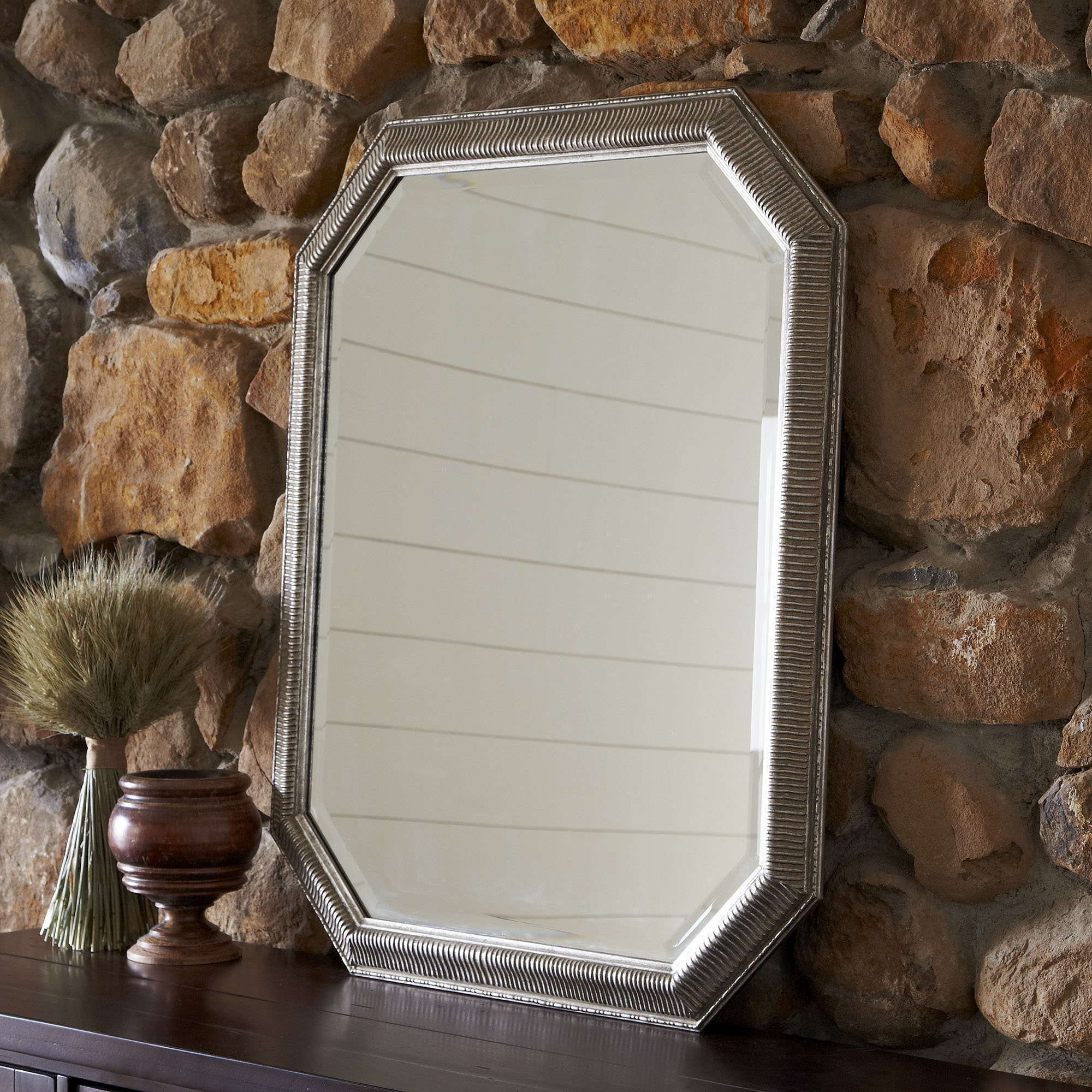 Patrizia Traditional Accent Mirror For Maude Accent Mirrors (View 21 of 30)