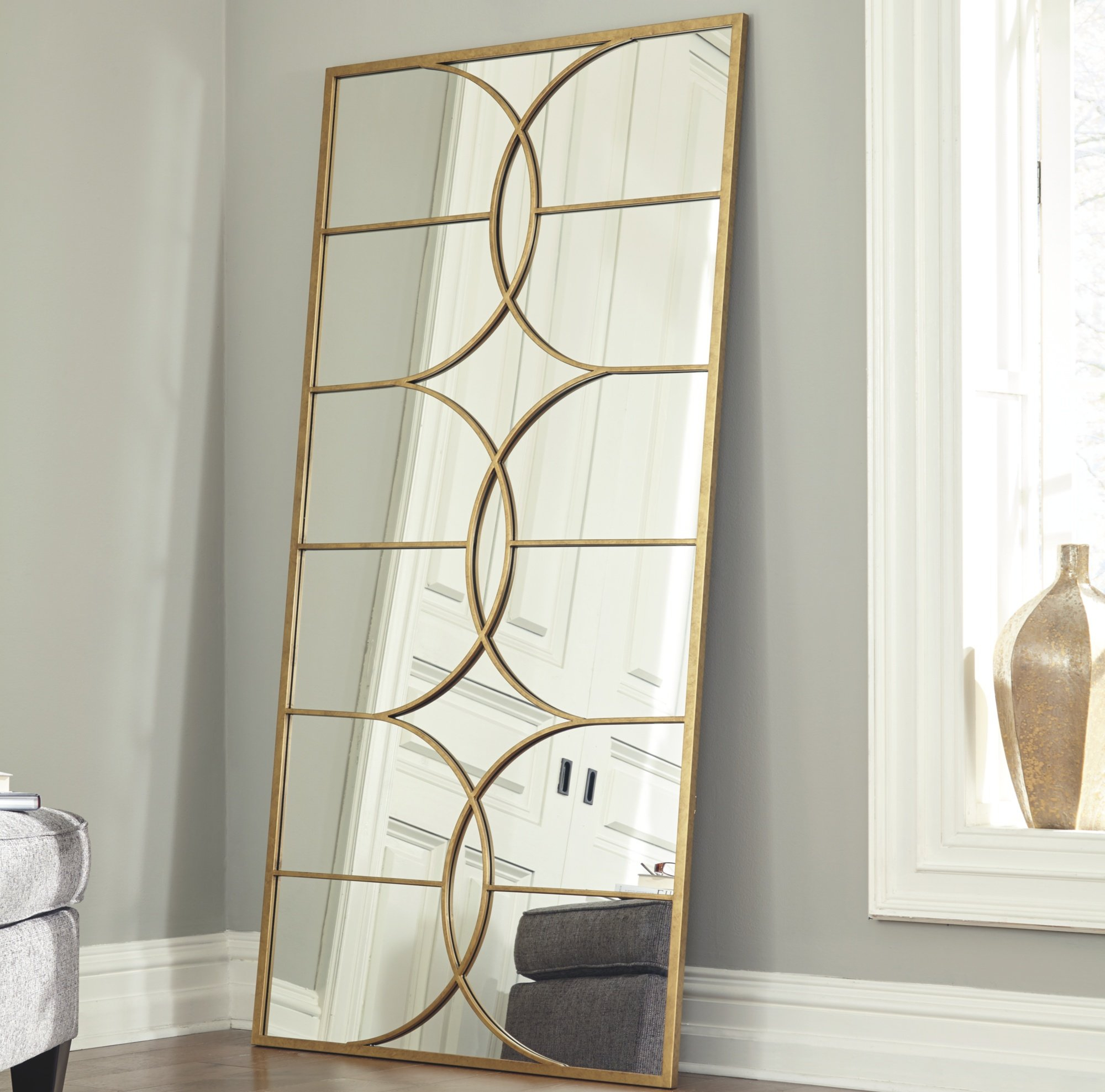 Retiro Accent Mirror With Brynn Accent Mirrors (Gallery 24 of 30)