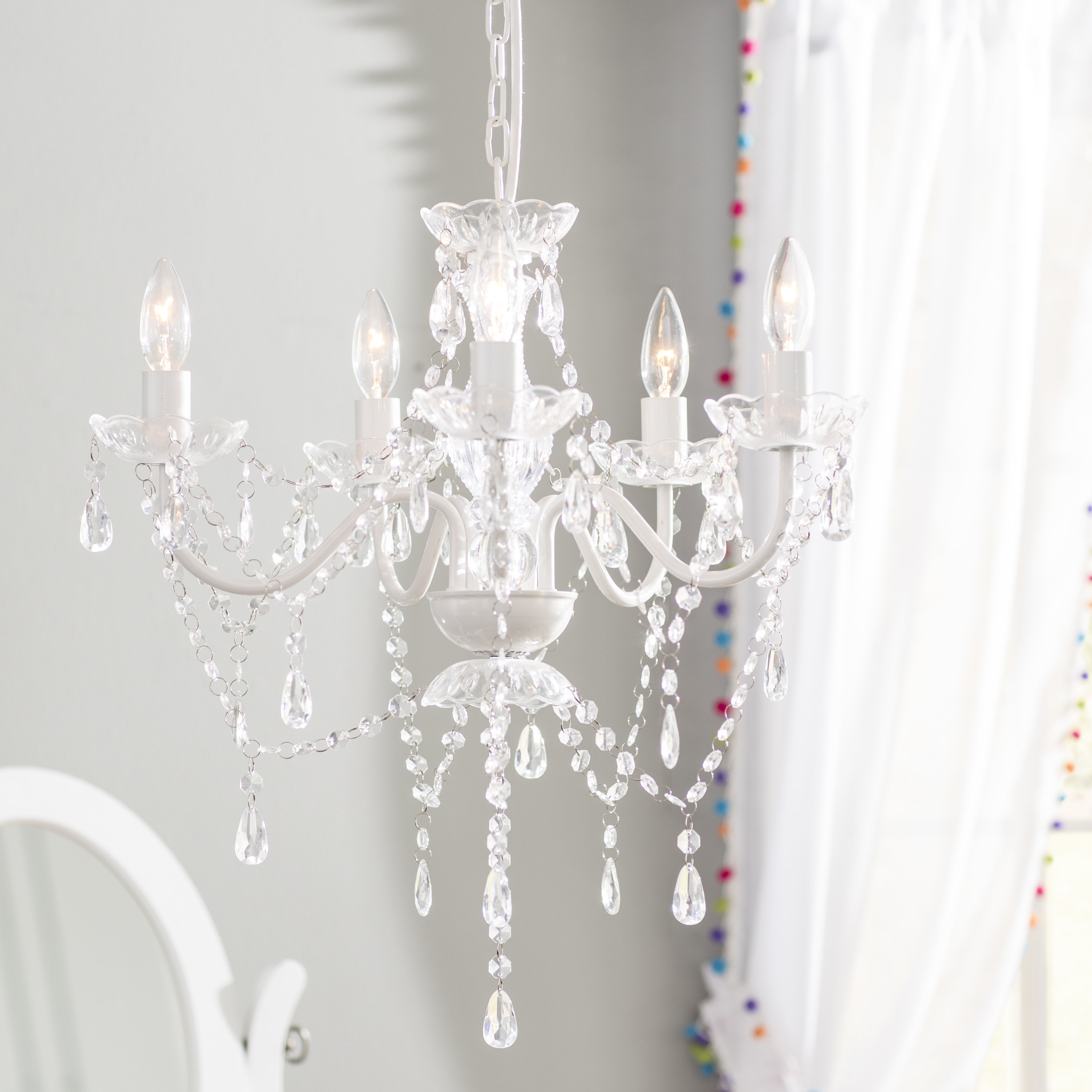 Senoia 5 Light Candle Style Chandelier Pertaining To Aldora 4 Light Candle Style Chandeliers (View 21 of 30)