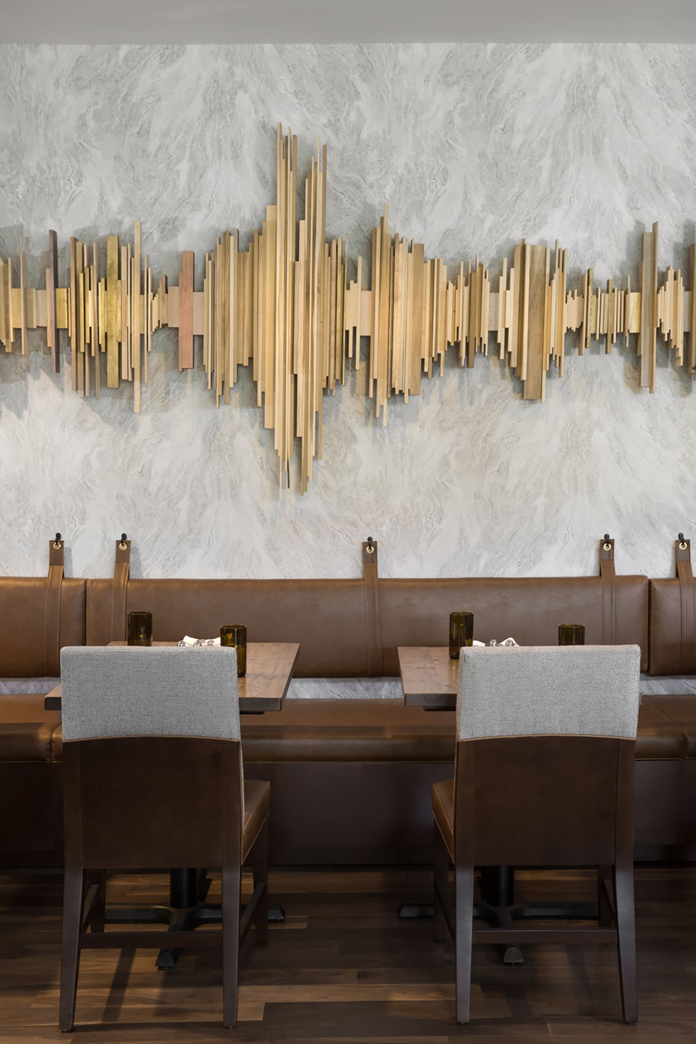 Sheraton Austin At The Capitol | Studio 11 Design | B A R With Abstract Bar And Panel Wall Decor (Image 22 of 30)