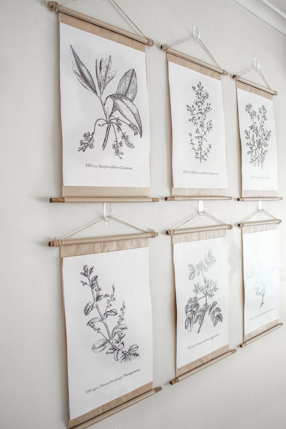 Simple Diy Vintage Poster Scroll Frames | Home Inspiration in Scroll Framed Wall Decor (Image 25 of 30)