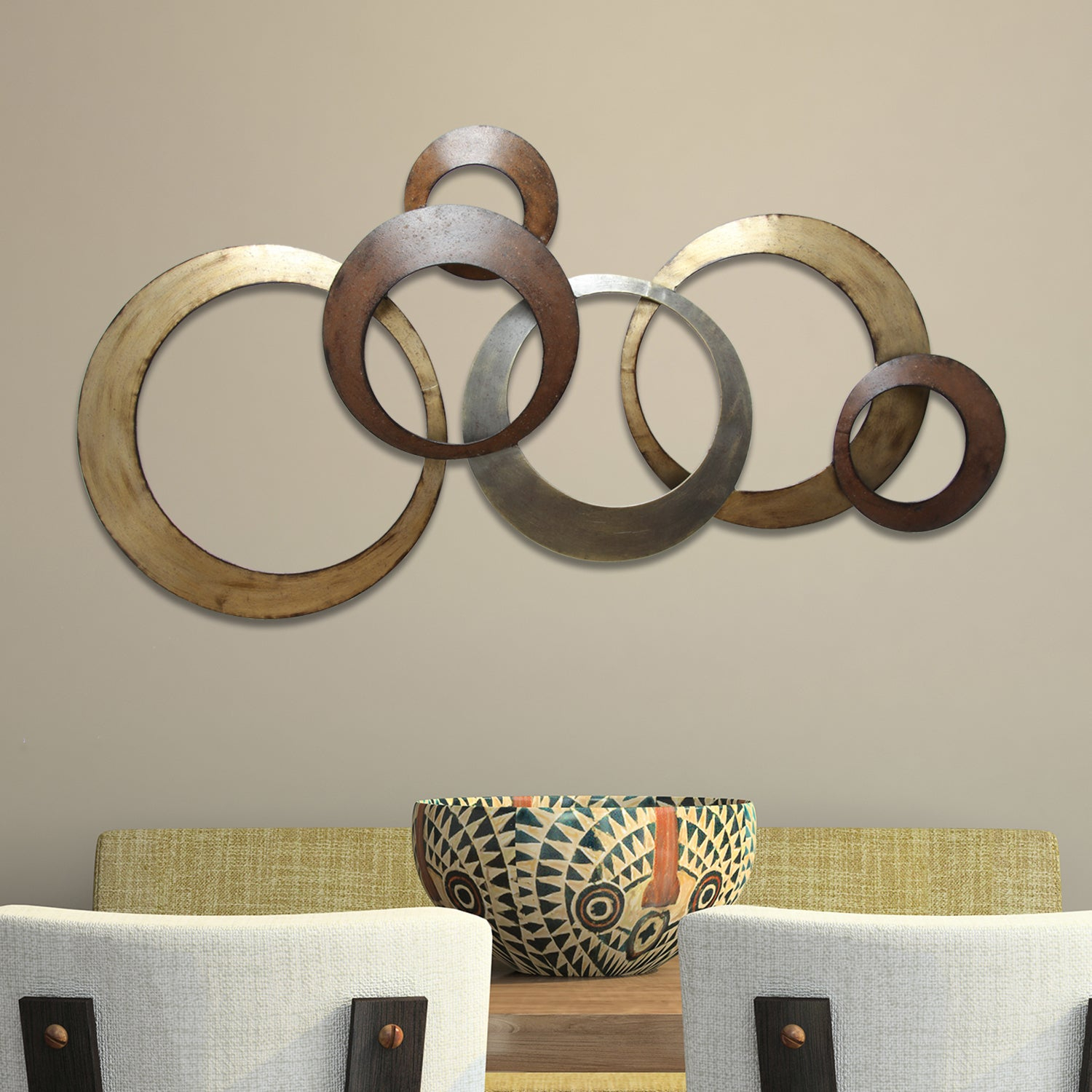 Stratton Home Decor Interlocking Circles Metal Wall Decor Regarding Rings Wall Decor (View 8 of 30)