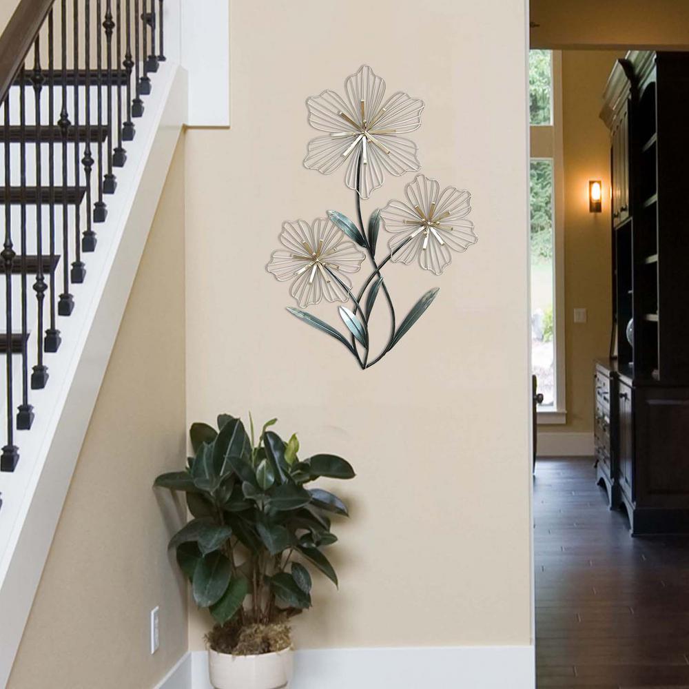 Stratton Home Decor Tri Flower Wall Decor Inside Metal Leaf Wall Decor By Red Barrel Studio (View 27 of 30)