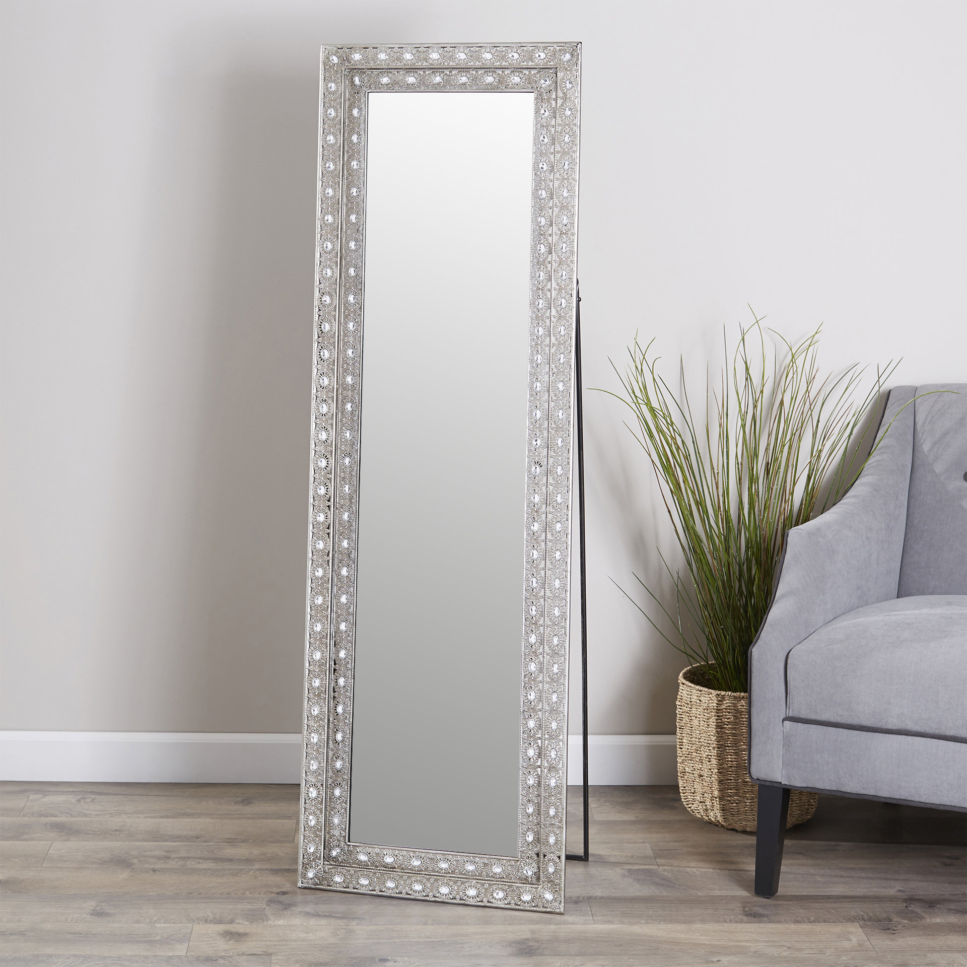Sveta Traditional Full Length Mirror Intended For Lake Park Beveled Beaded Accent Wall Mirrors (View 25 of 30)