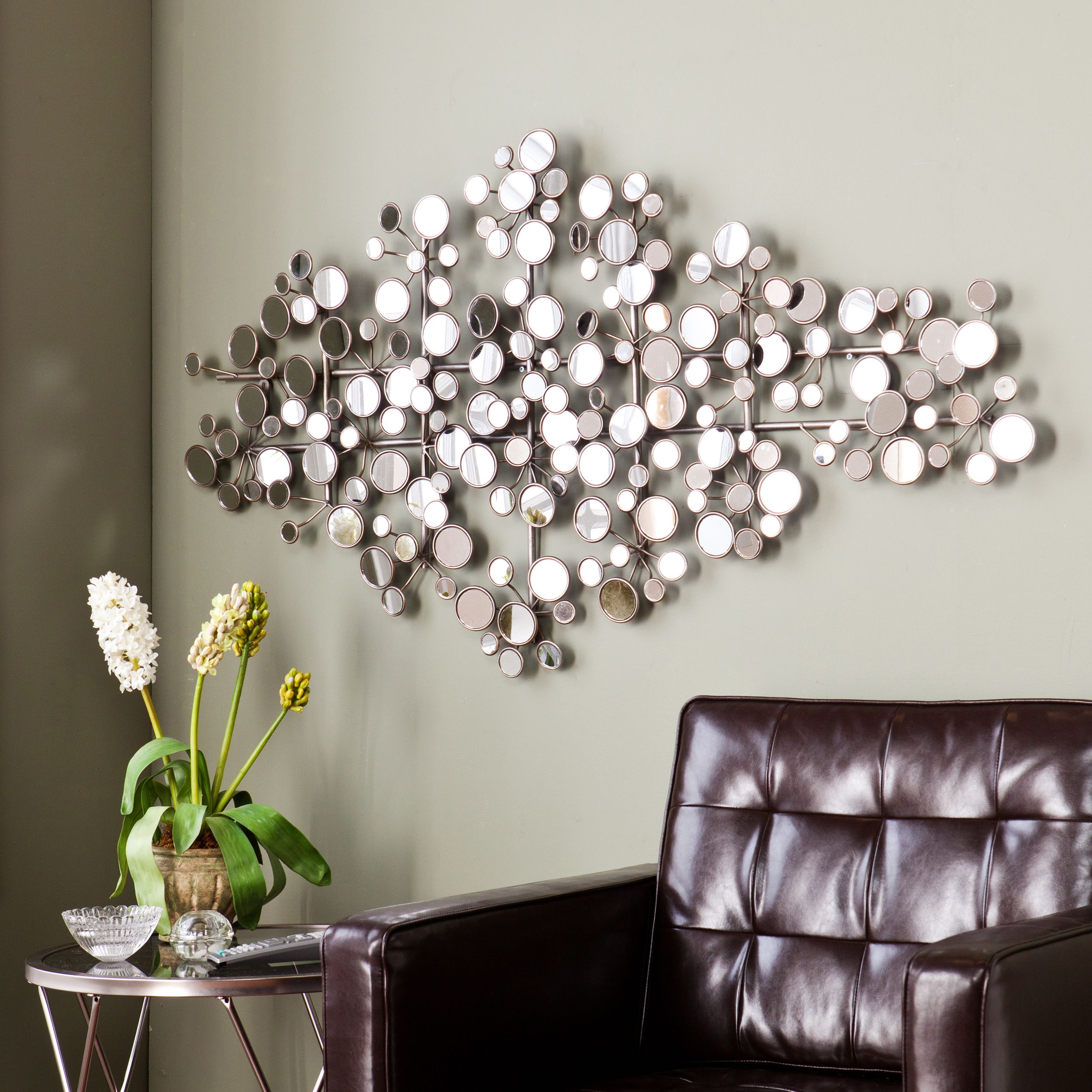 This Upton Home Olivia Mirrored Metal Wall Sculpture In Alvis Traditional Metal Wall Decor (View 9 of 30)